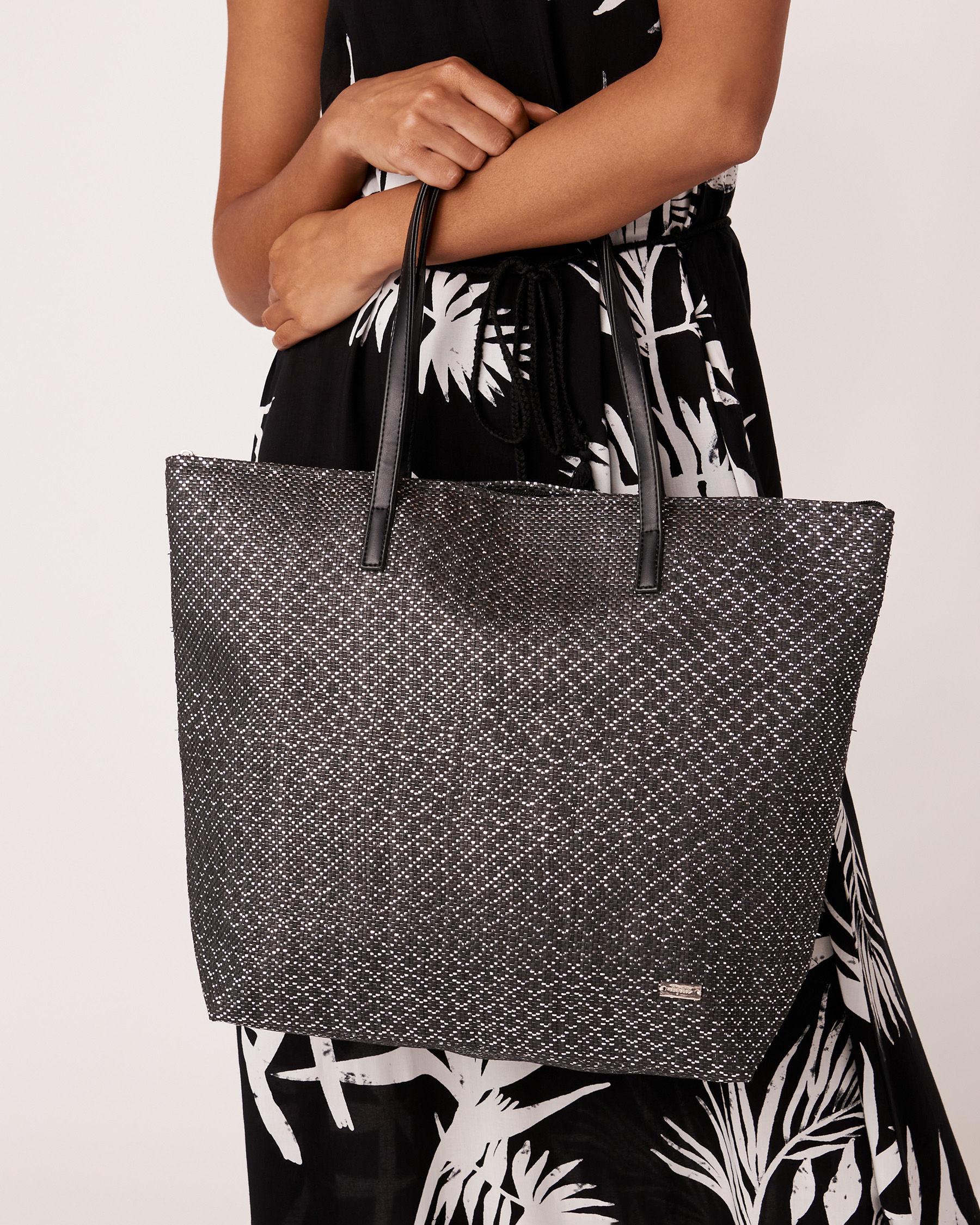 LA VIE EN ROSE AQUA Shiny Black Beach Bag Black 636-661-0-11 - View1