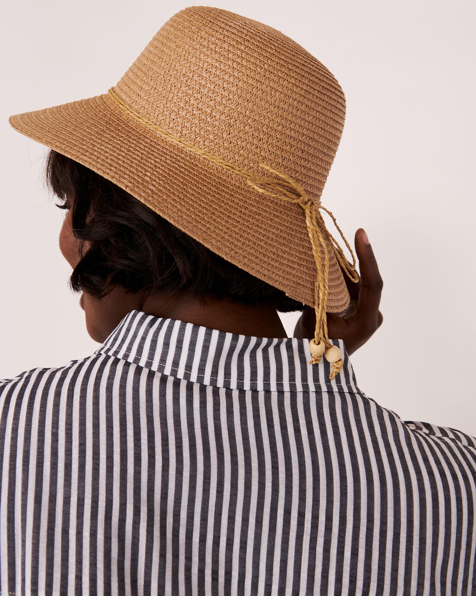 LA VIE EN ROSE AQUA Cloche Hat with String Nude 80500009 - View2