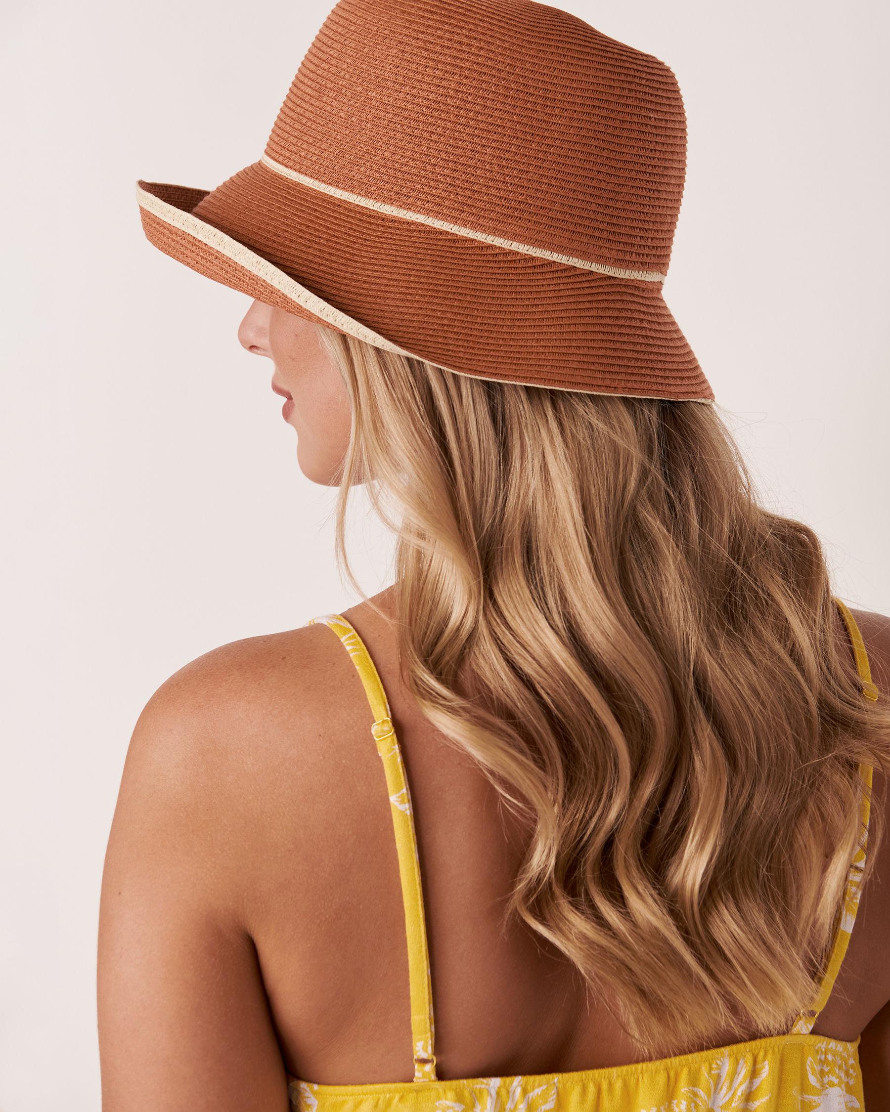 LA VIE EN ROSE AQUA Contrasting Cloche Hat Dark neutral 80500033 - View2