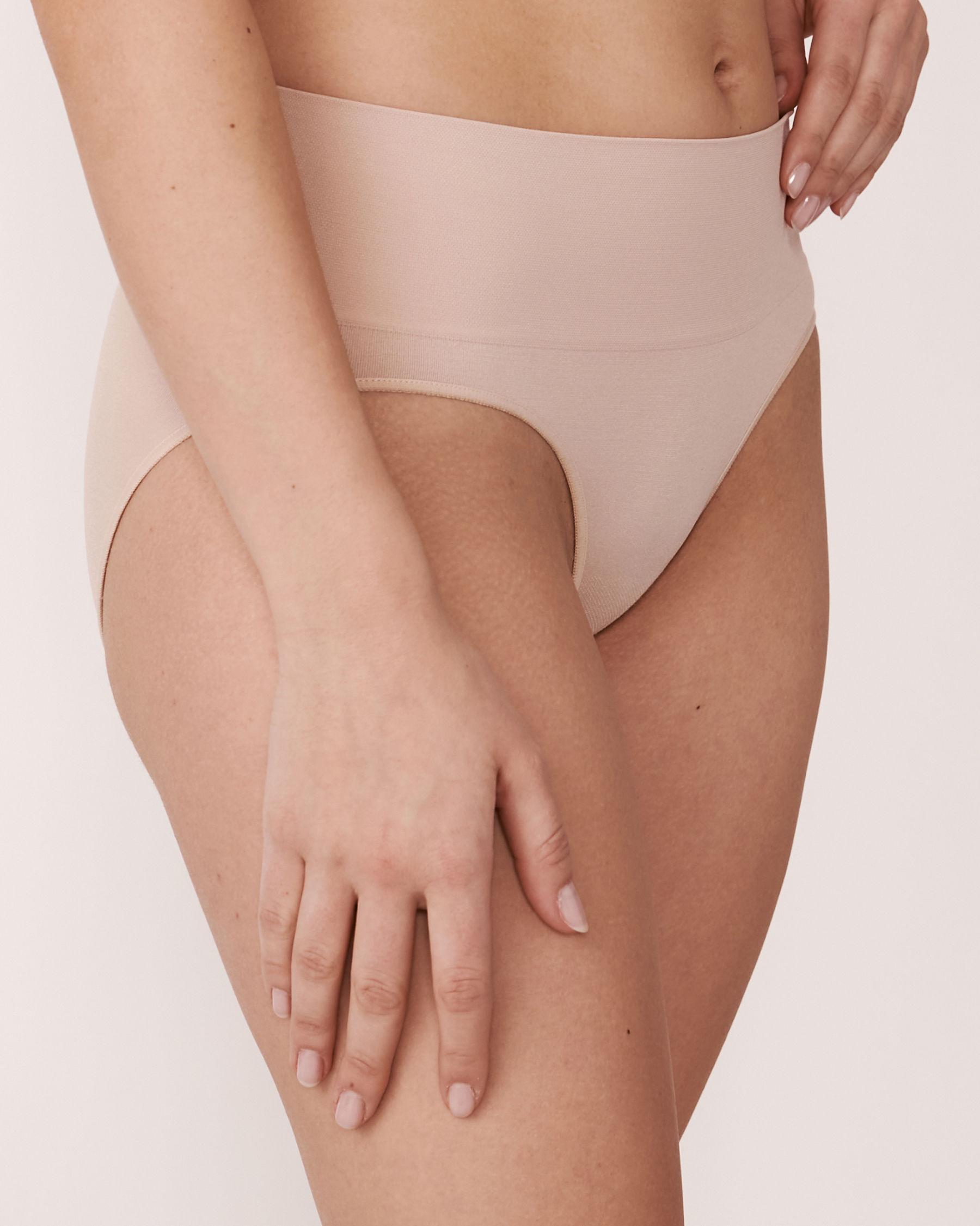 LA VIE EN ROSE Seamless High Waist Bikini Panty Neutral 889-222-1-00 - View1