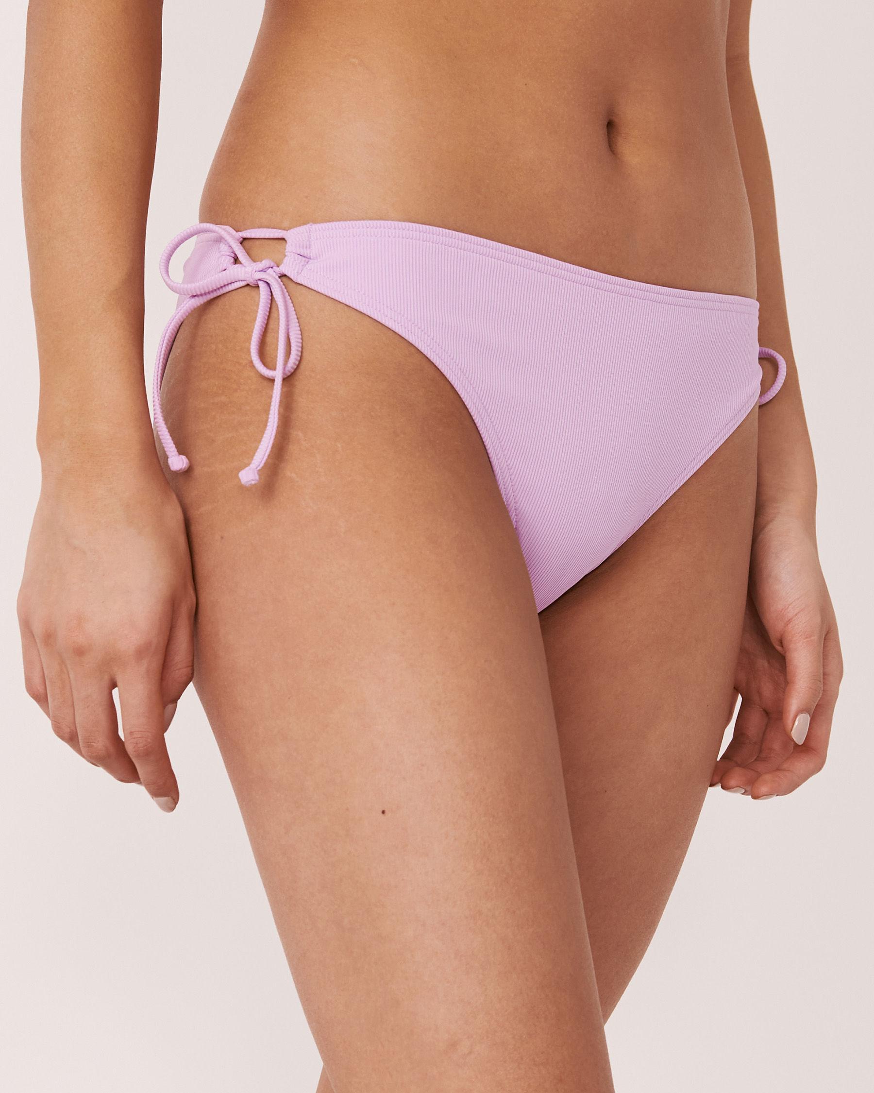 AQUAROSE Bas de bikini brésilien en fibres recyclées SOLID RIB Lilas 70300052 - Voir1