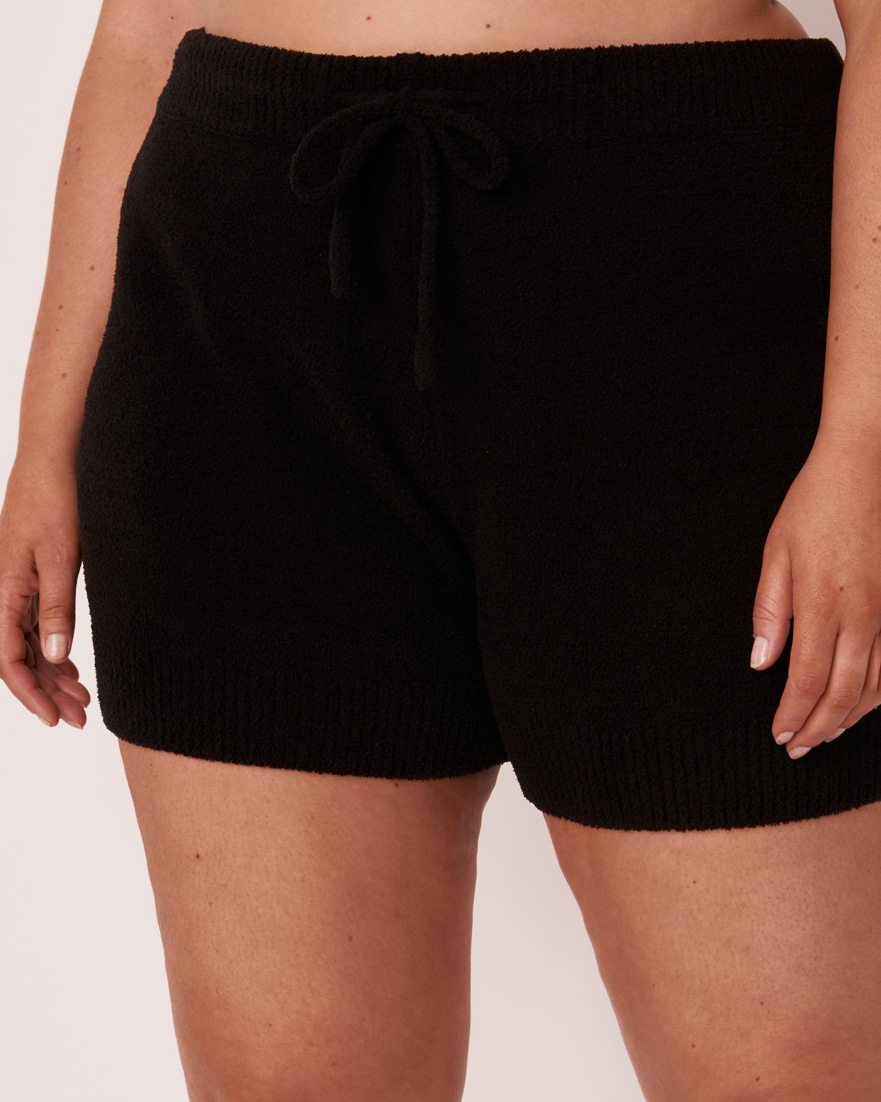 LA VIE EN ROSE Chenille Shorts Black 50200016 - View1