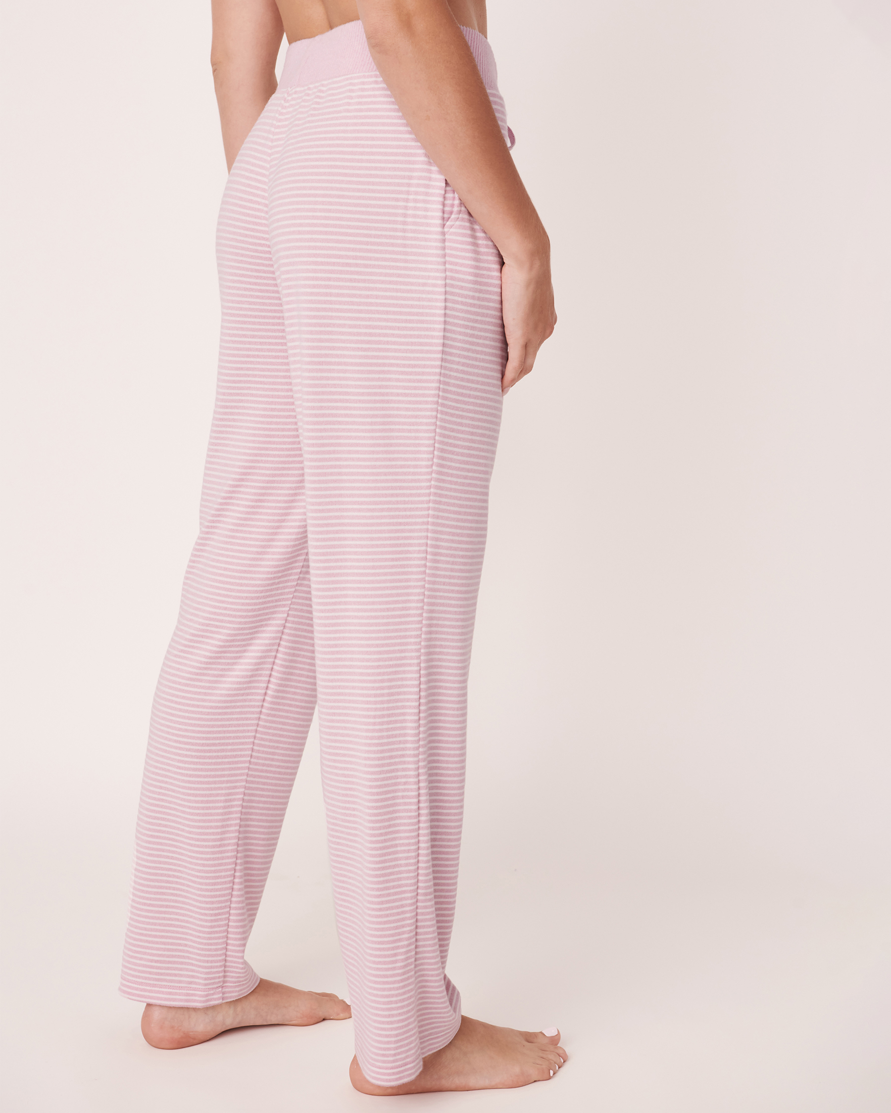 LA VIE EN ROSE Pantalon jambe droite en fibres recyclées Rayures multiples 40200134 - Voir2