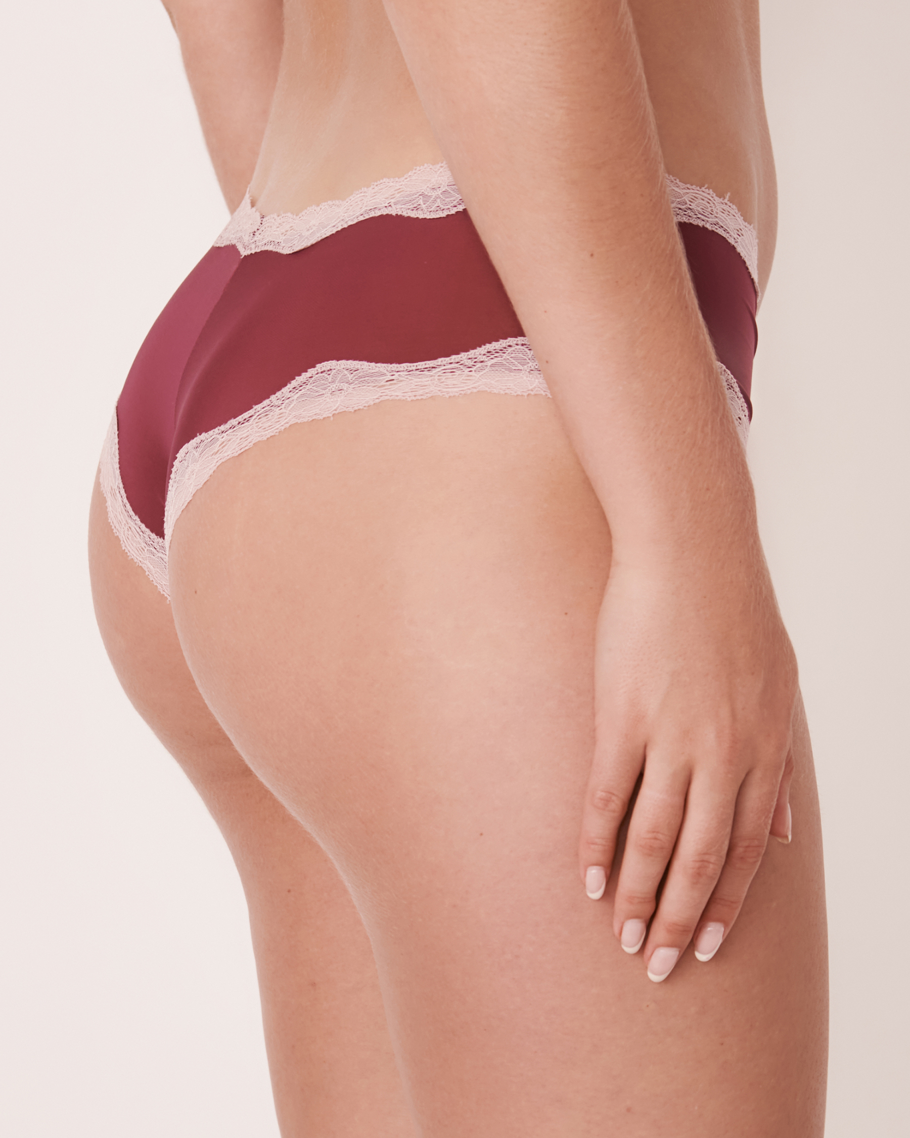 LA VIE EN ROSE Cheeky Panty Prune 20200075 - View2