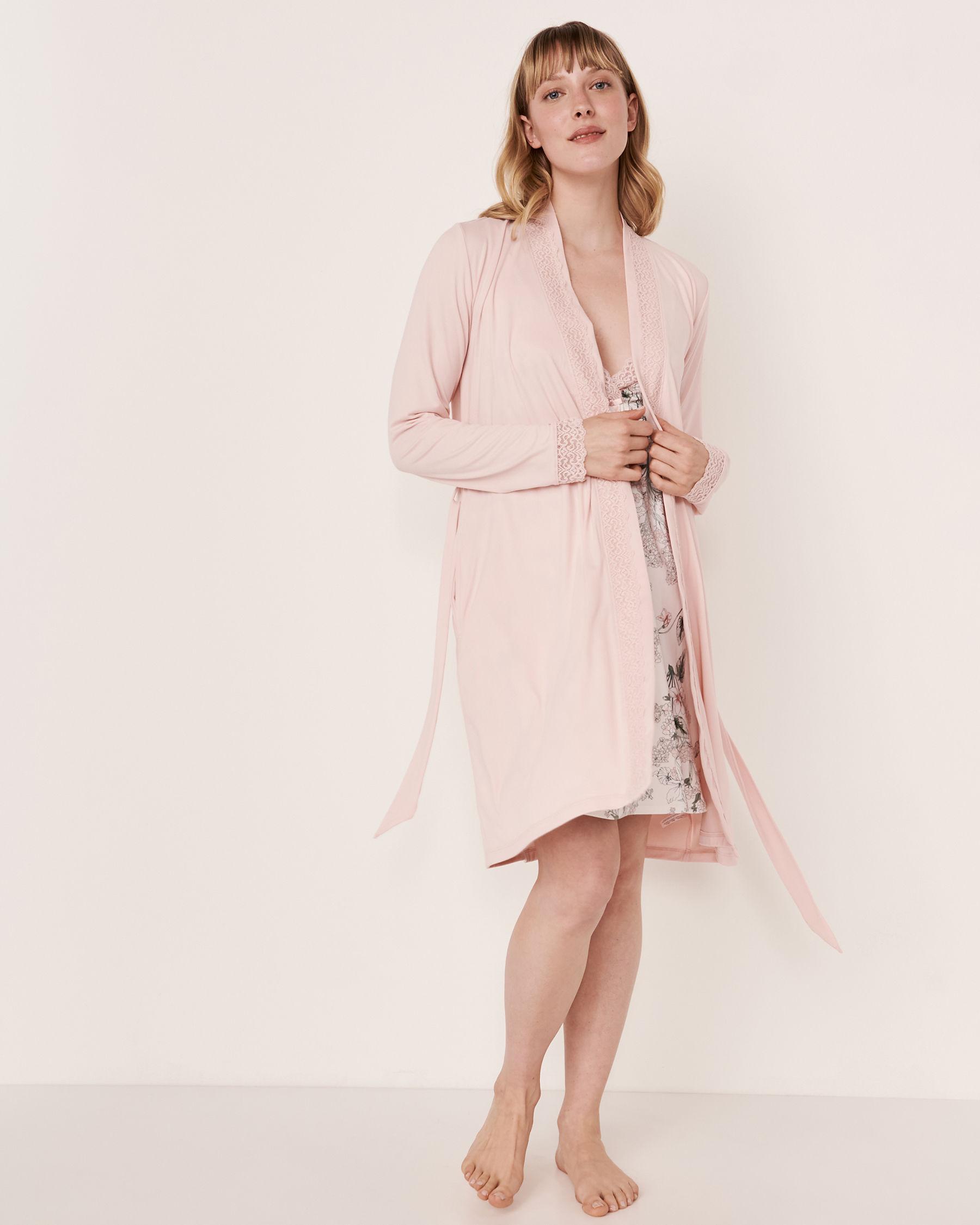 LA VIE EN ROSE Kimono garniture de dentelle Rose pâle 40600018 - Voir3