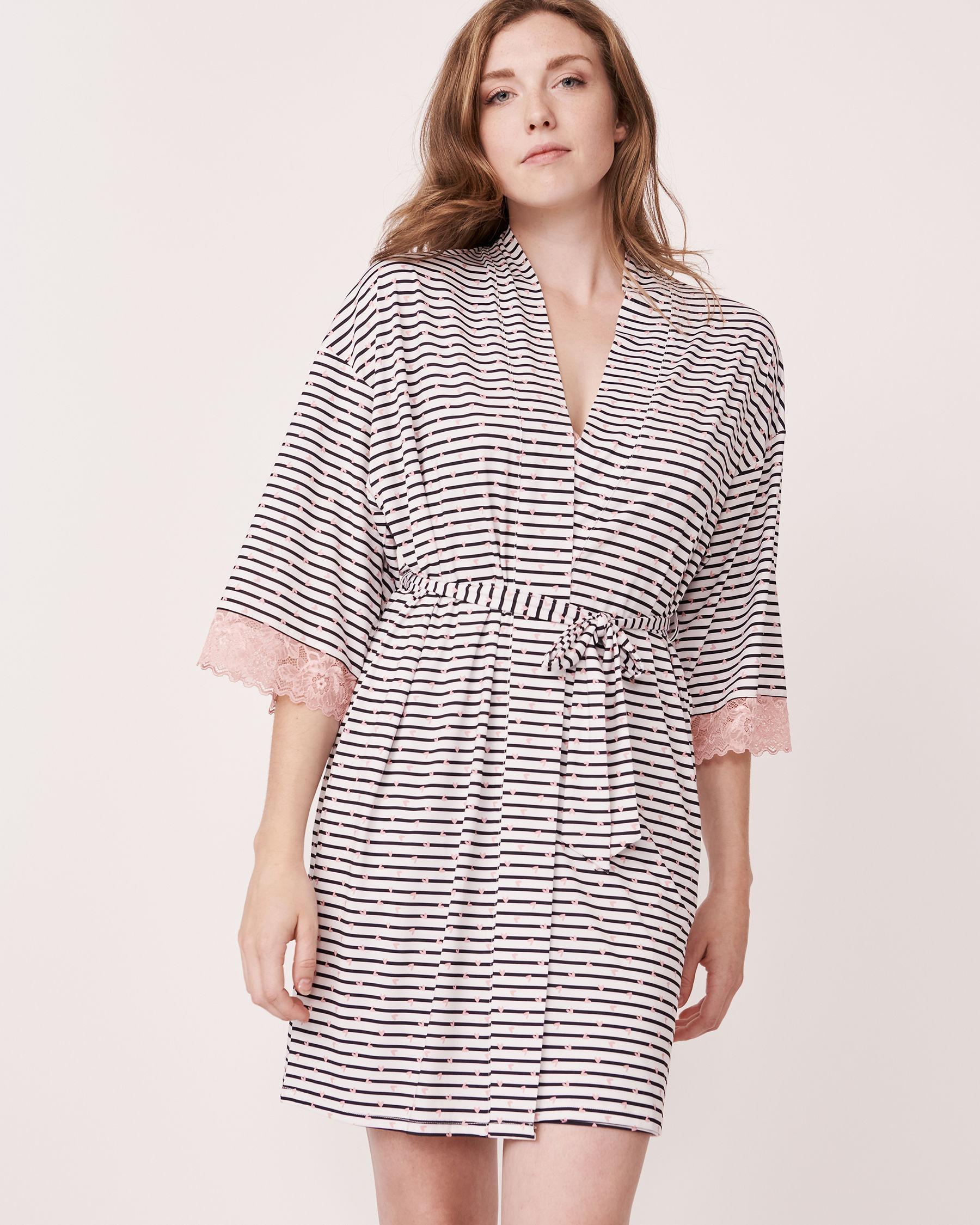 LA VIE EN ROSE Recycled Fibers Lace Trim Kimono Heart and stripe 758-435-0-11 - View5