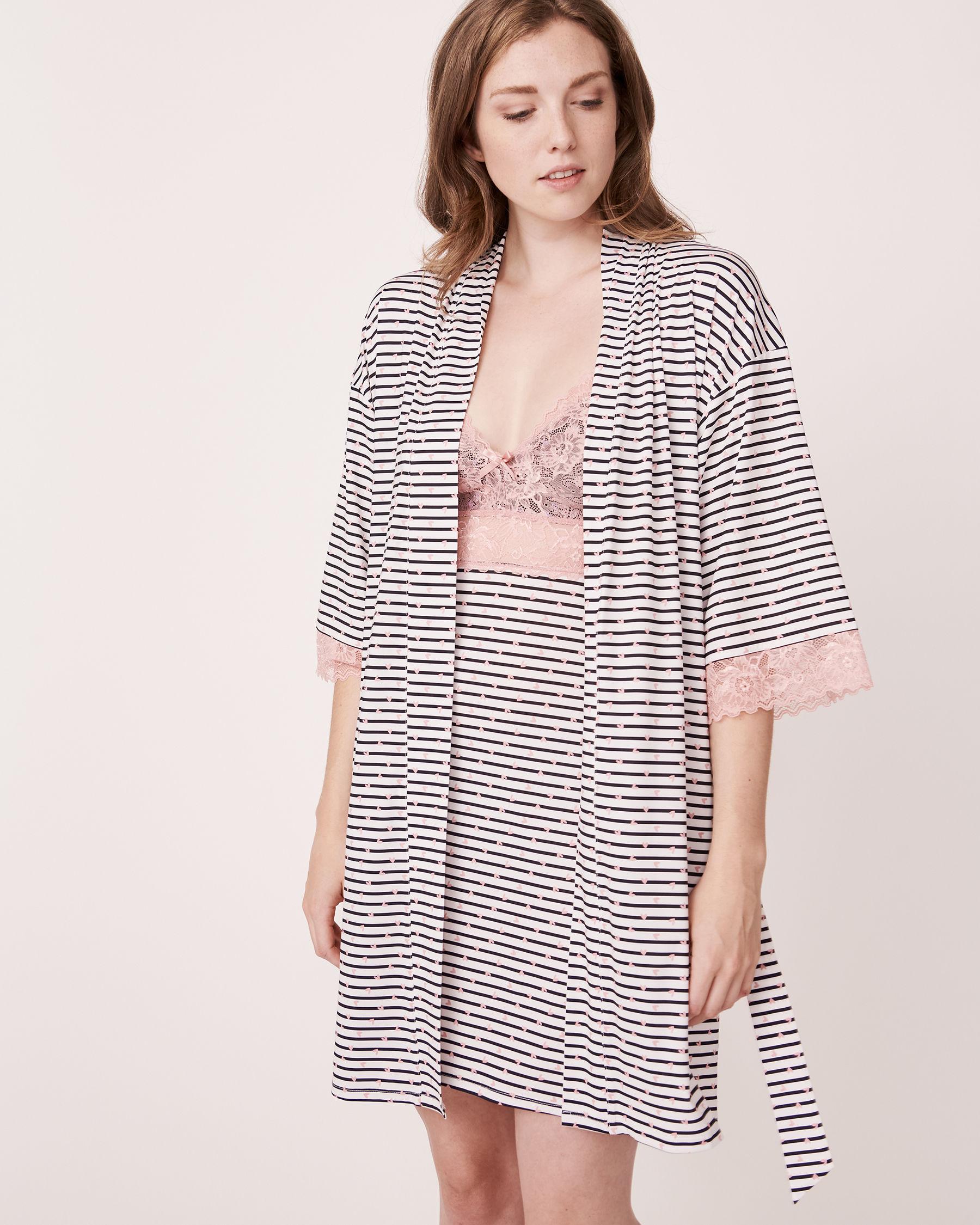 LA VIE EN ROSE Recycled Fibers Lace Trim Kimono Heart and stripe 758-435-0-11 - View6