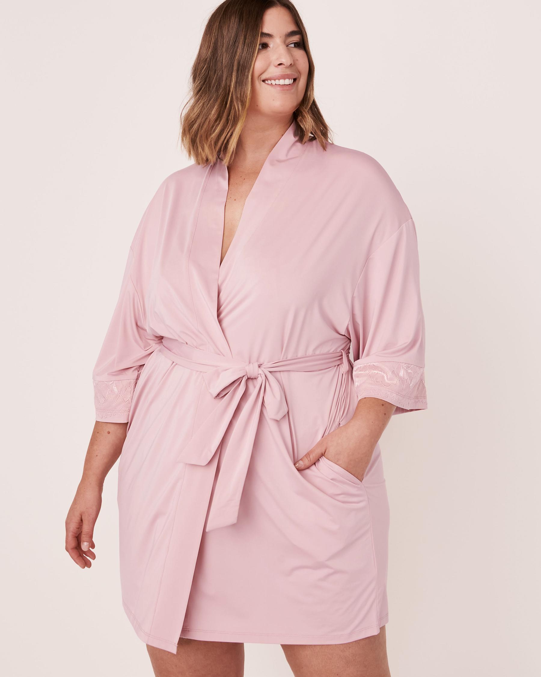 LA VIE EN ROSE Recycled Fibers Lace Trim Kimono Lilac 60600008 - View5