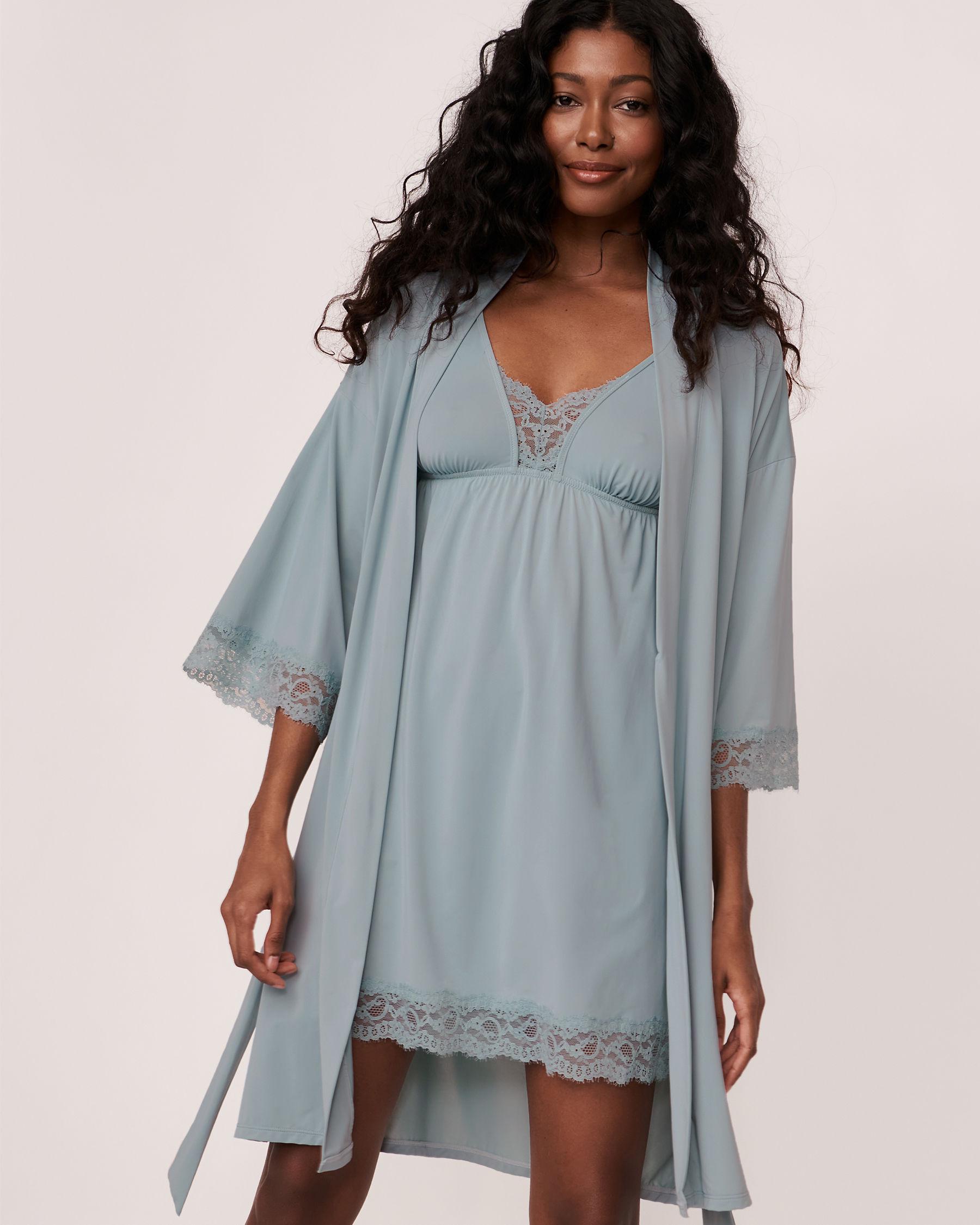 LA VIE EN ROSE Kimono garniture de dentelle Bleu gris 60600001 - Voir2