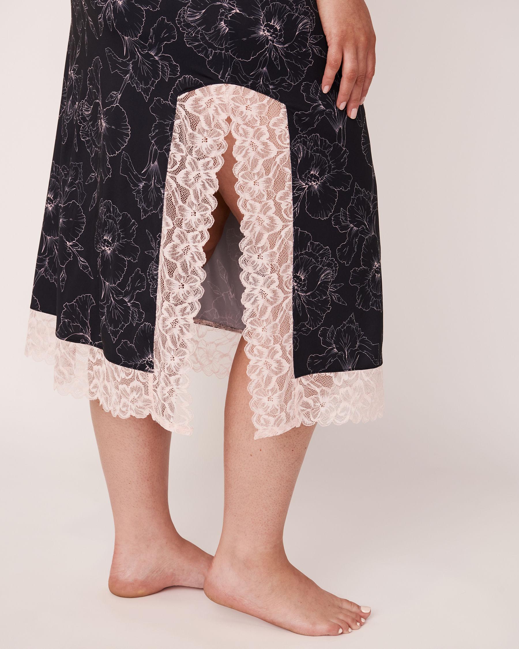 LA VIE EN ROSE Recycled Fibers Lace Trim Mid-length Nightie Black flower 40500059 - View3