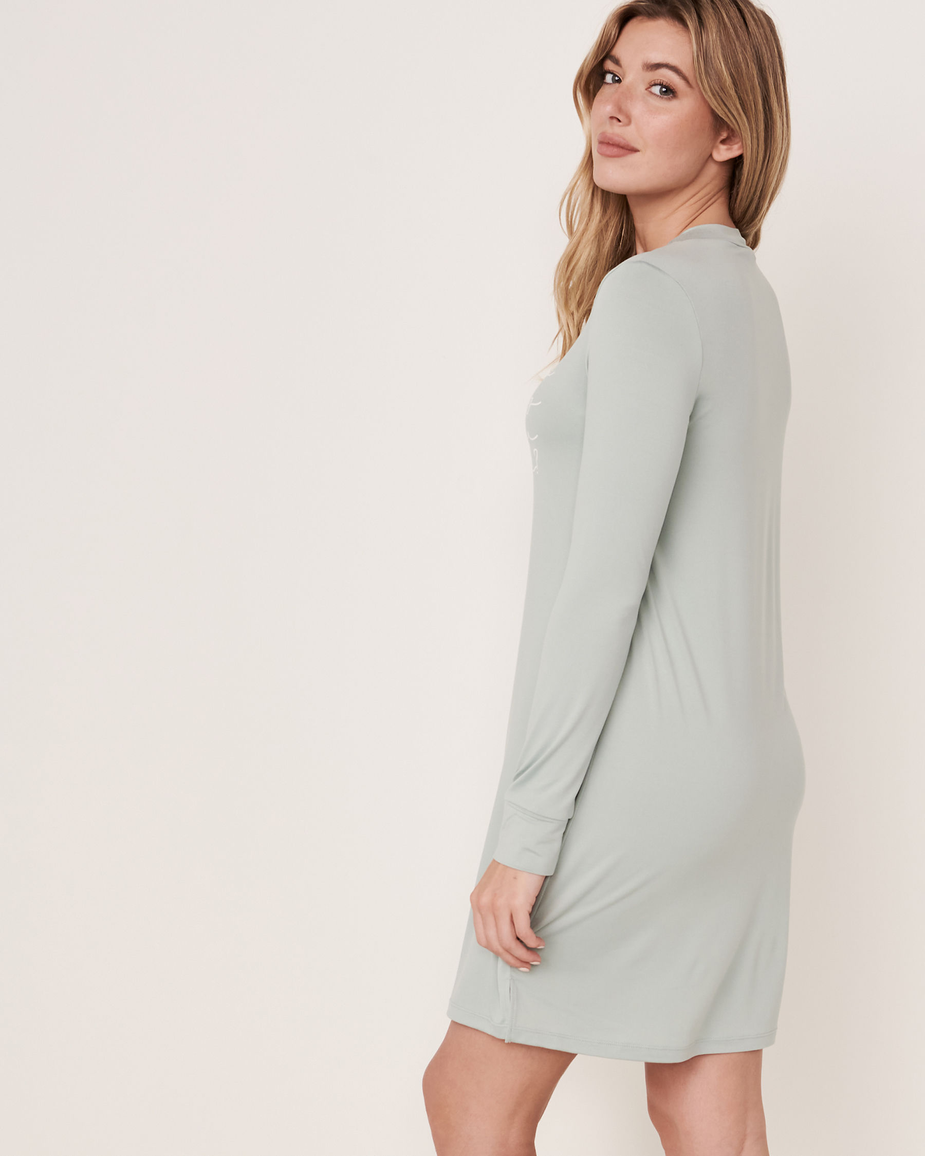 LA VIE EN ROSE High Neck Long Sleeve Sleepshirt Green 40500076 - View5