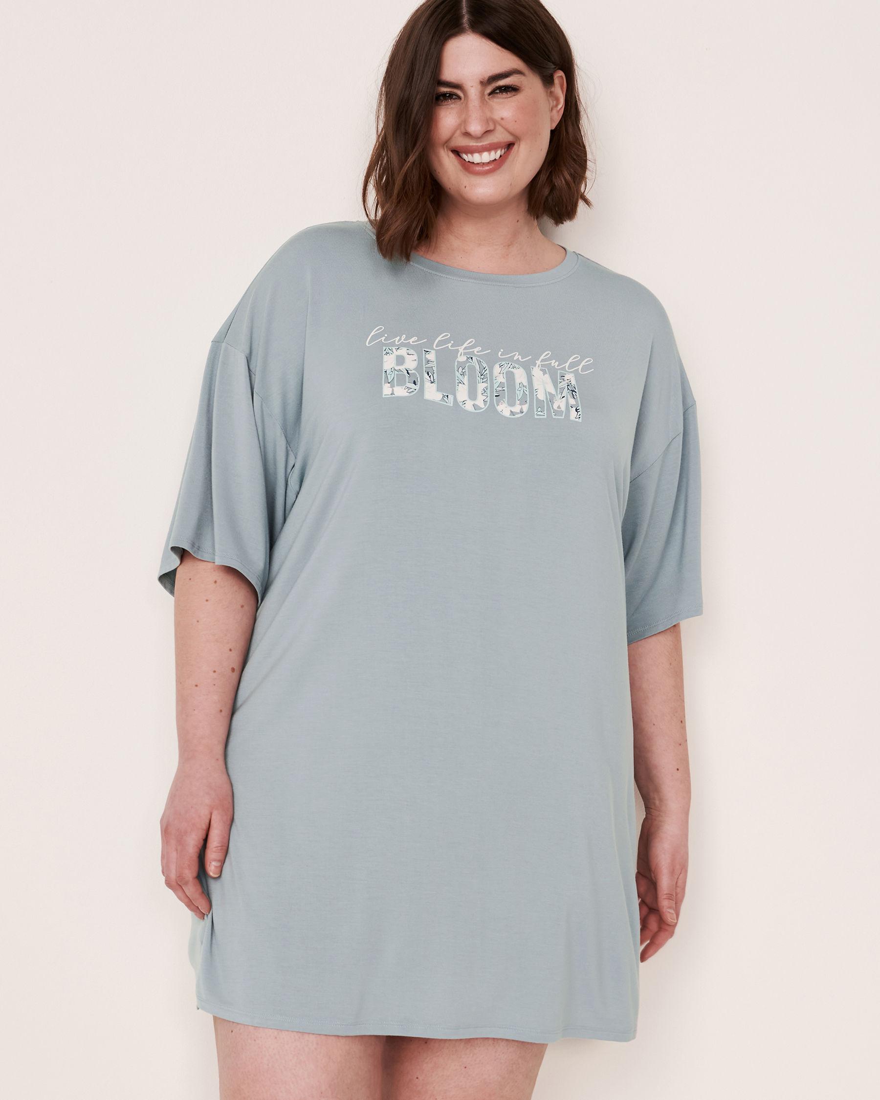 LA VIE EN ROSE Chemise de nuit manches courtes tombantes Bleu gris 40500052 - Voir1