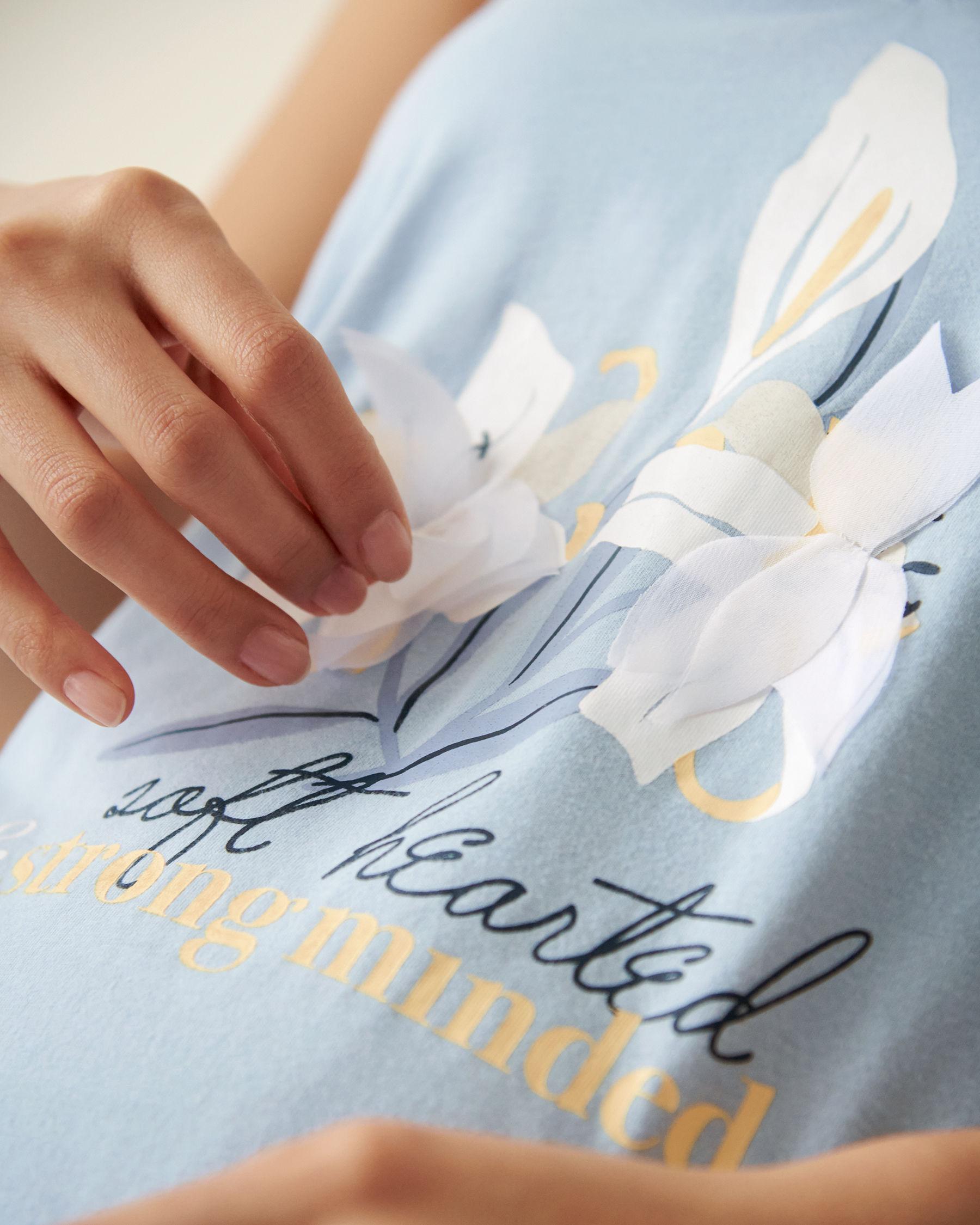 LA VIE EN ROSE 3D Petals Gown Blue sky 40500011 - View2