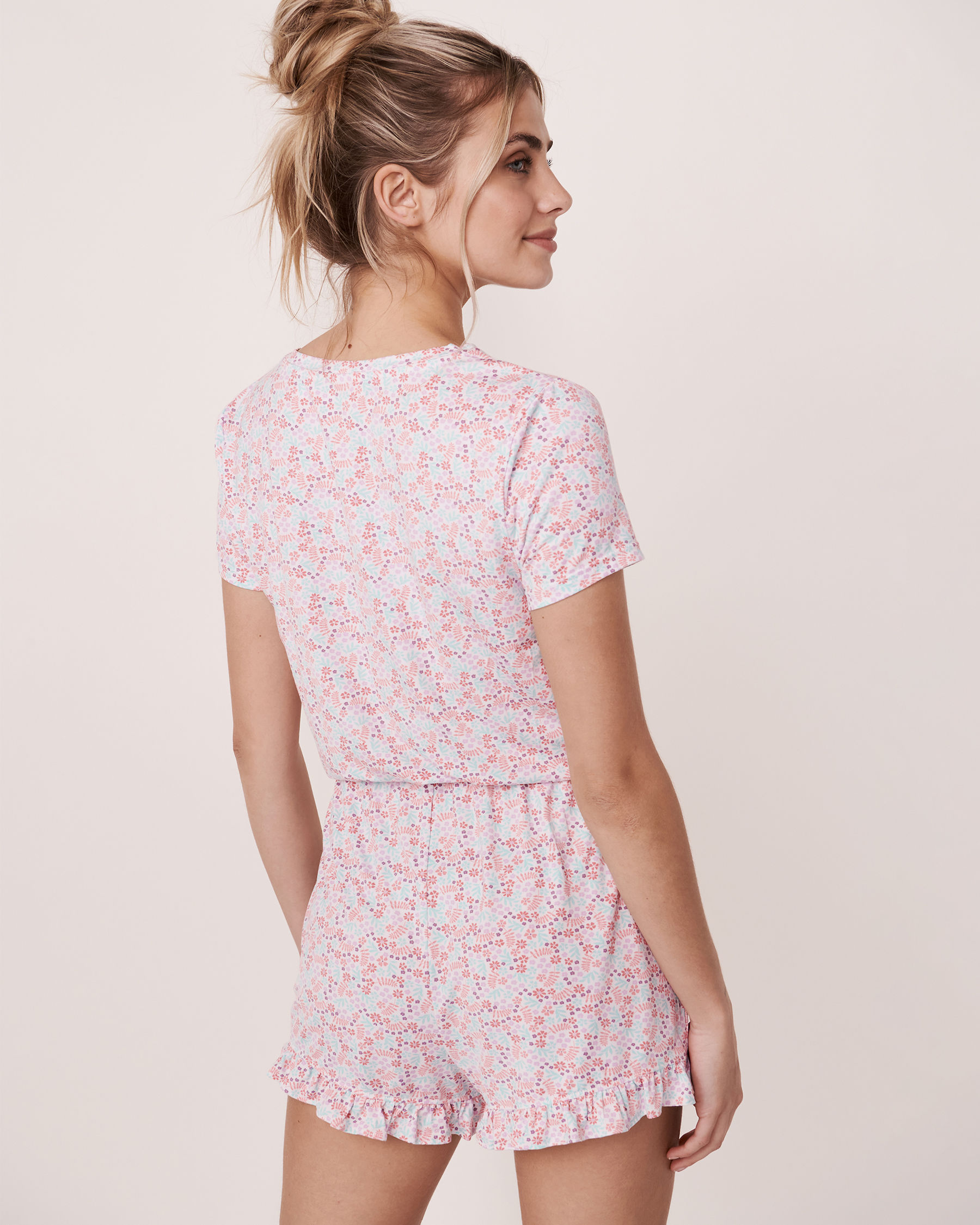 LA VIE EN ROSE Ruffle Details Short Sleeve Romper Ditsy floral 40300012 - View2