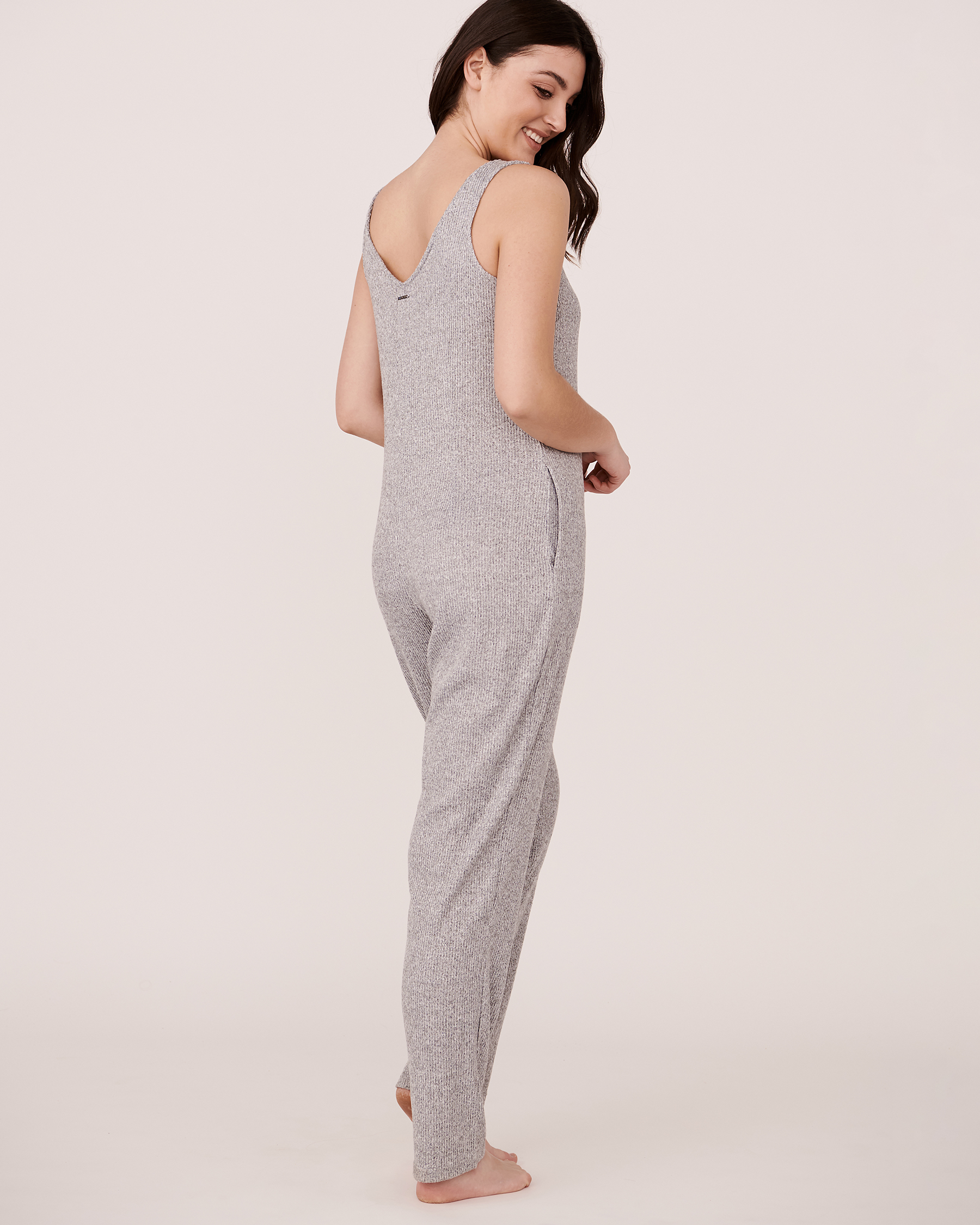 LA VIE EN ROSE Ribbed V-Neckline Jumpsuit Grey 774-474-2-04 - View3