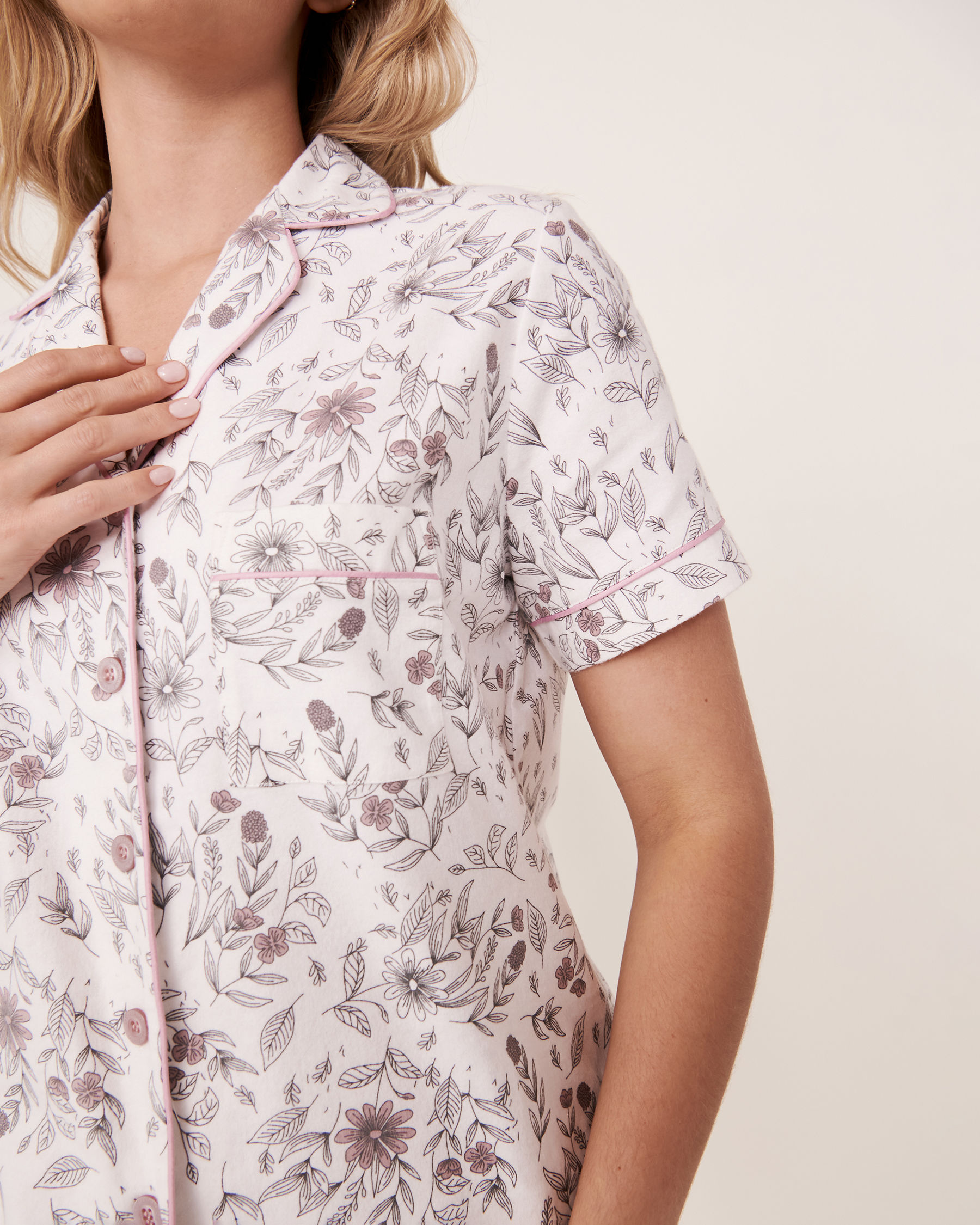 LA VIE EN ROSE Ensemble pyjama short en flanelle Feuillage 40400011 - Voir3