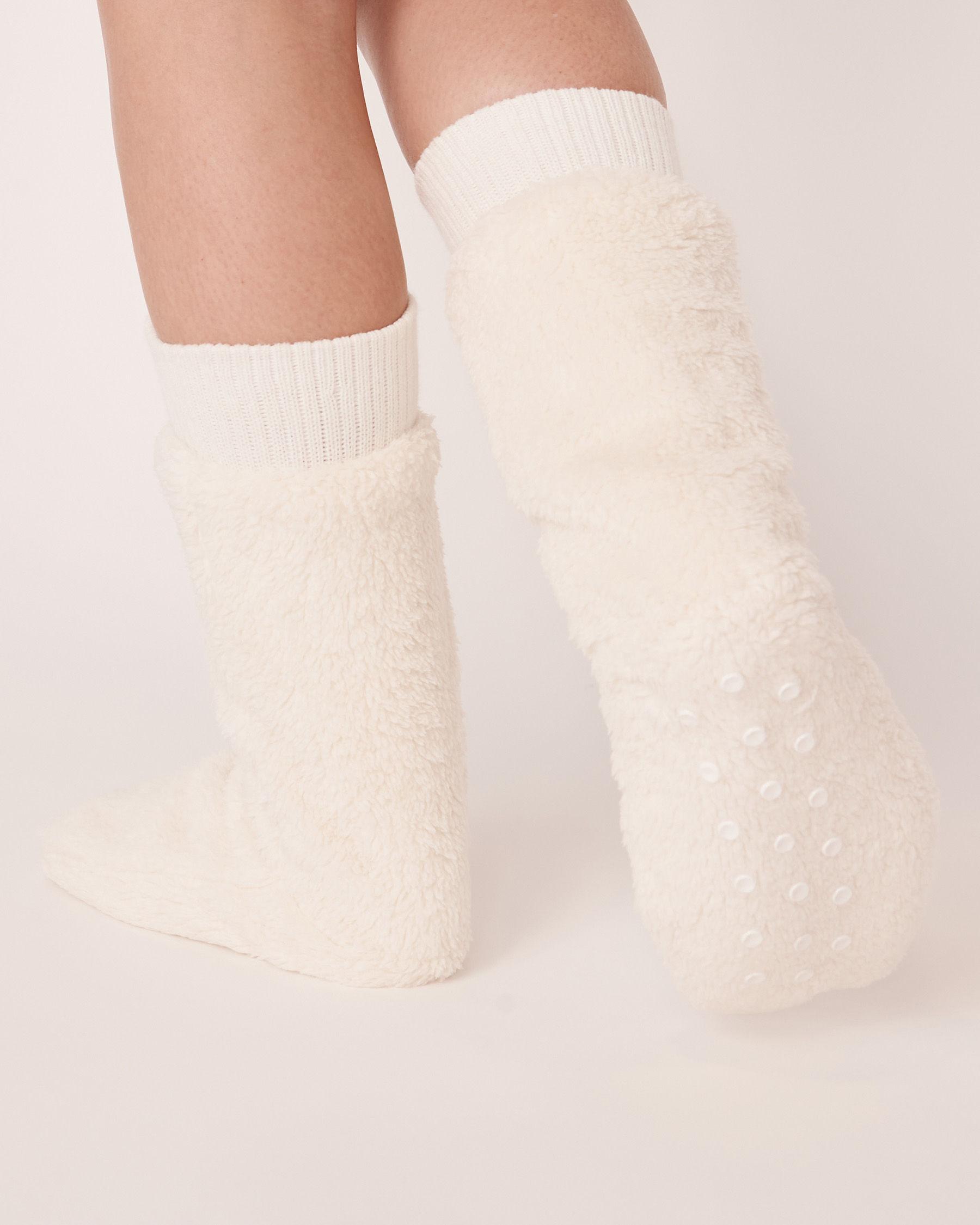 LA VIE EN ROSE Plush Mid Length Socks White 40700050 - View2