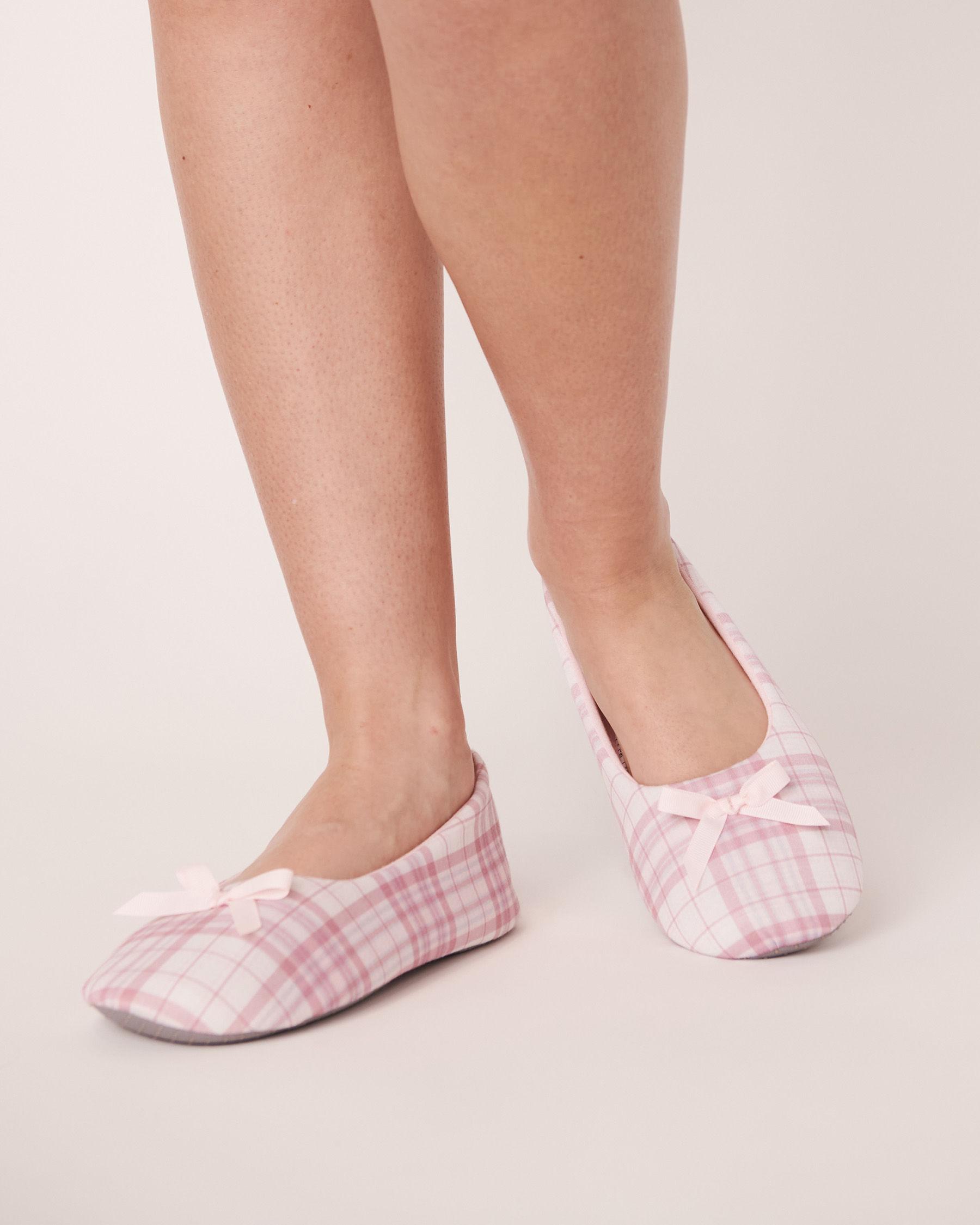LA VIE EN ROSE Pantoufles ballerine Carreaux roses 40700052 - Voir1