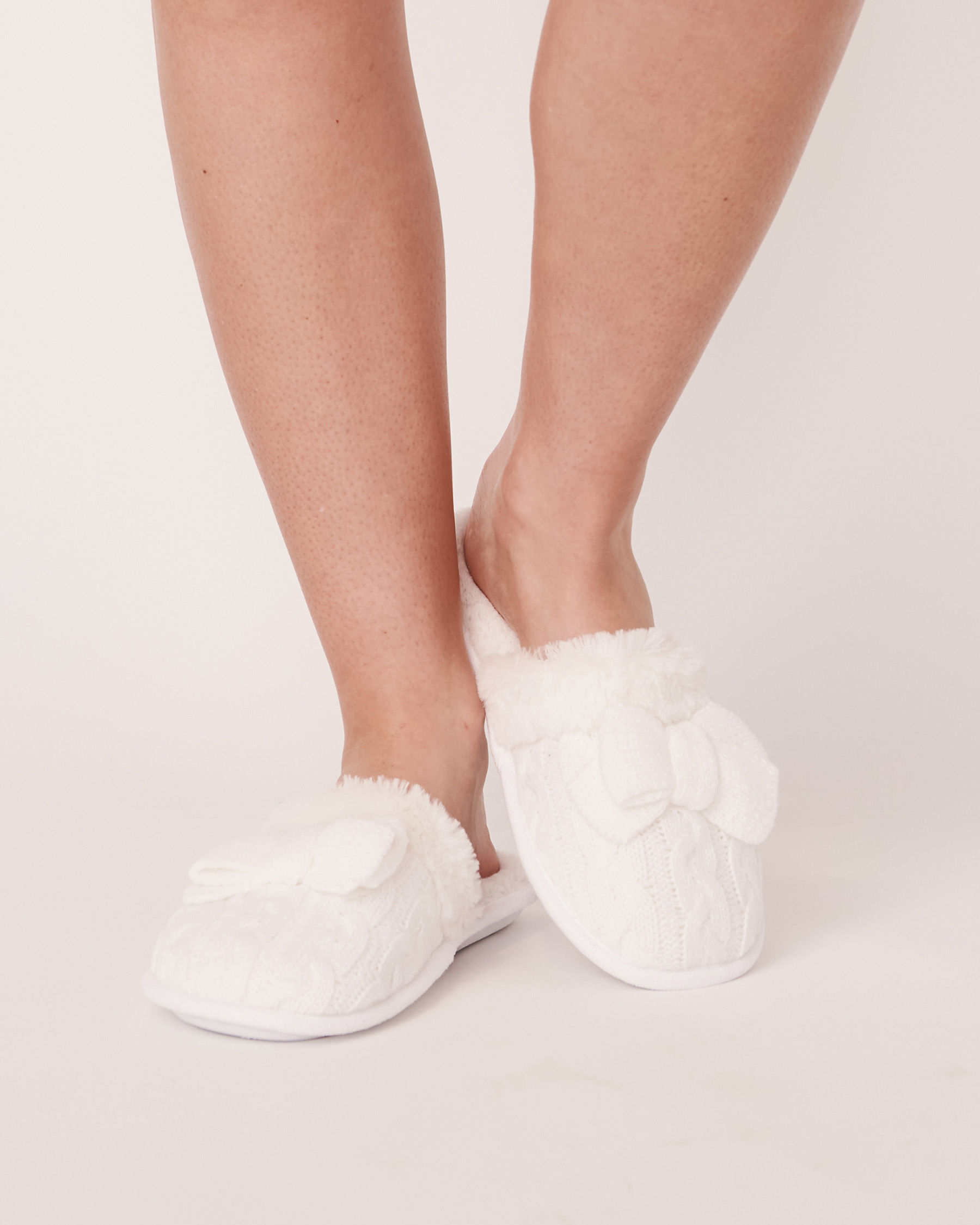 LA VIE EN ROSE Clog Slippers White 40700076 - View1