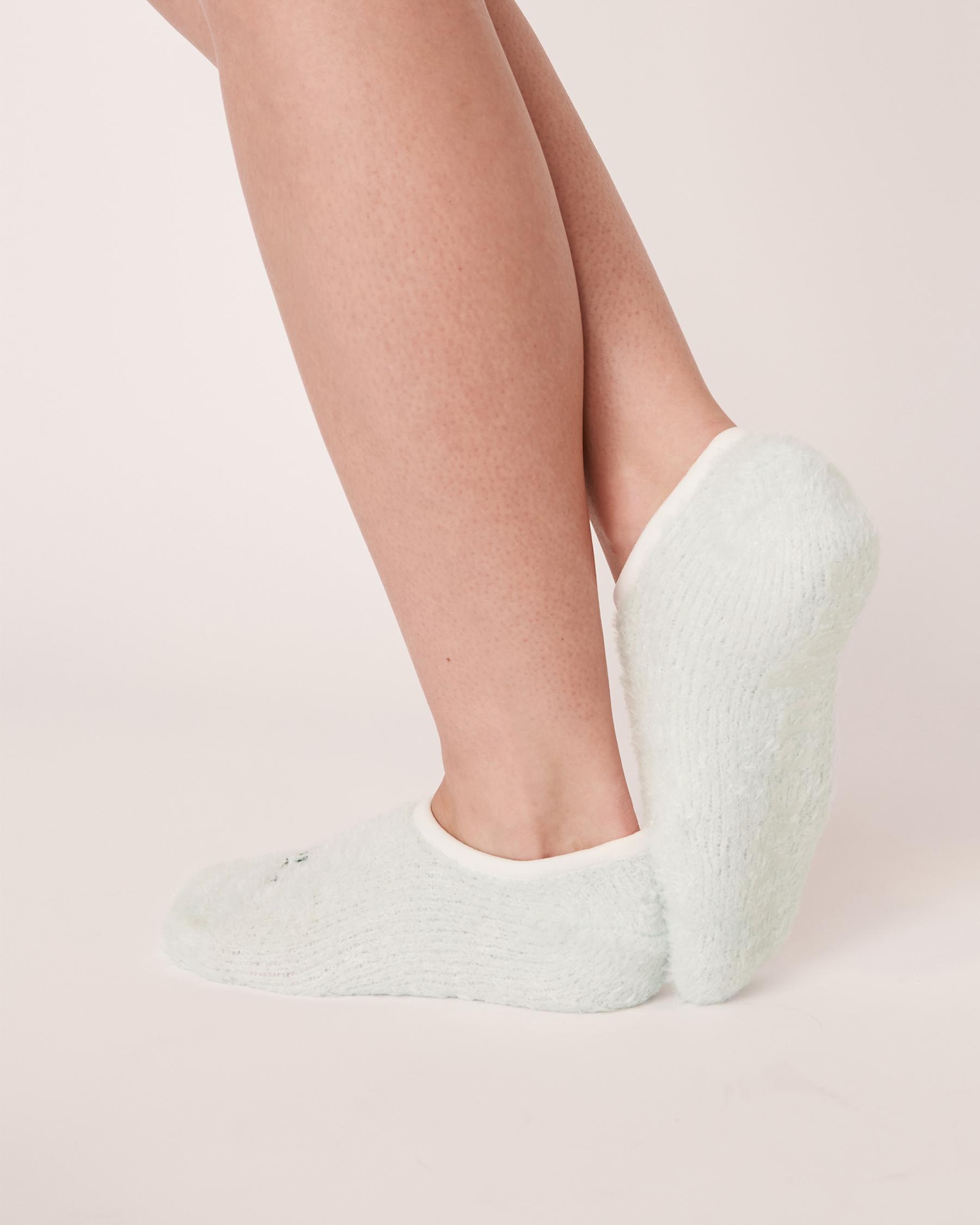 LA VIE EN ROSE Embroidery Slippers Socks Light aqua 40700083 - View2