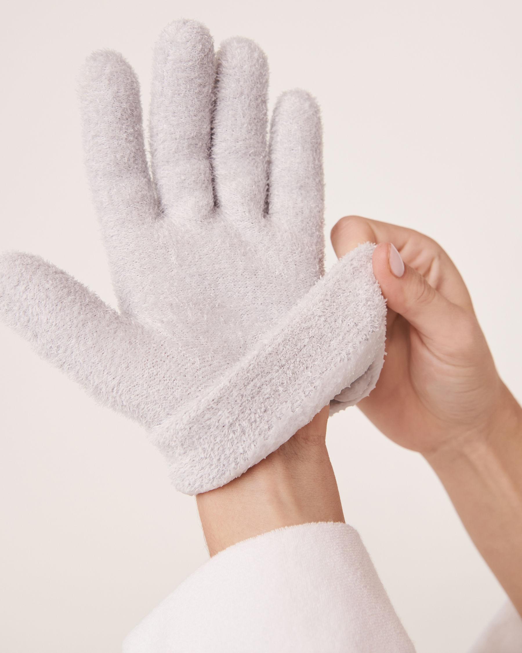 LA VIE EN ROSE Lavender Moisturizing Gel Gloves Grey 431-527-1-00 - View1