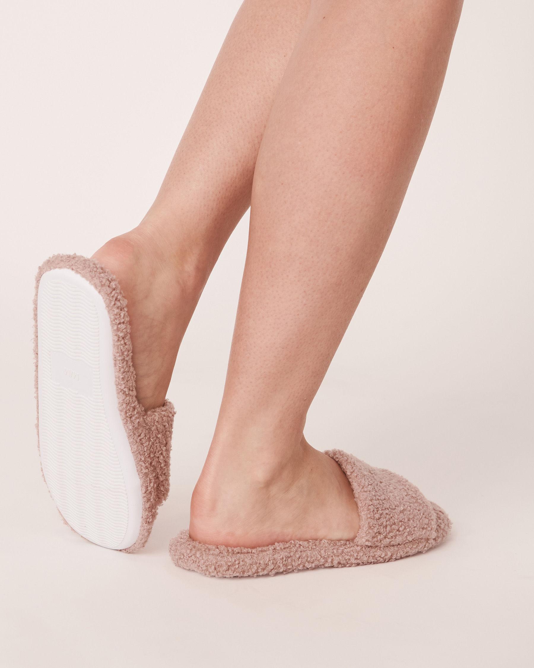 LA VIE EN ROSE Plush Open Slide Slippers Shadow grey 40700061 - View2