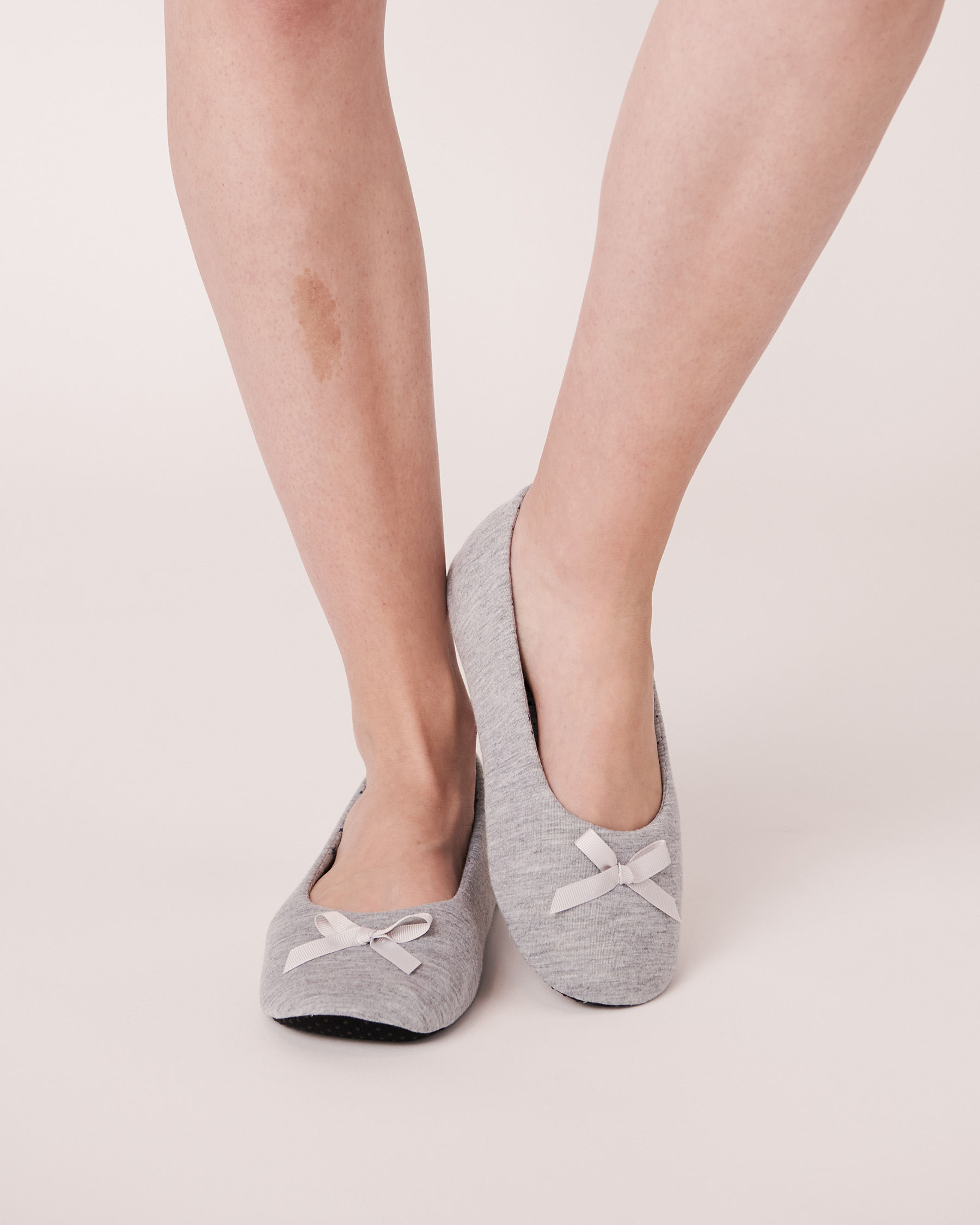 LA VIE EN ROSE Ballerina Slippers Grey 894-551-0-11 - View1