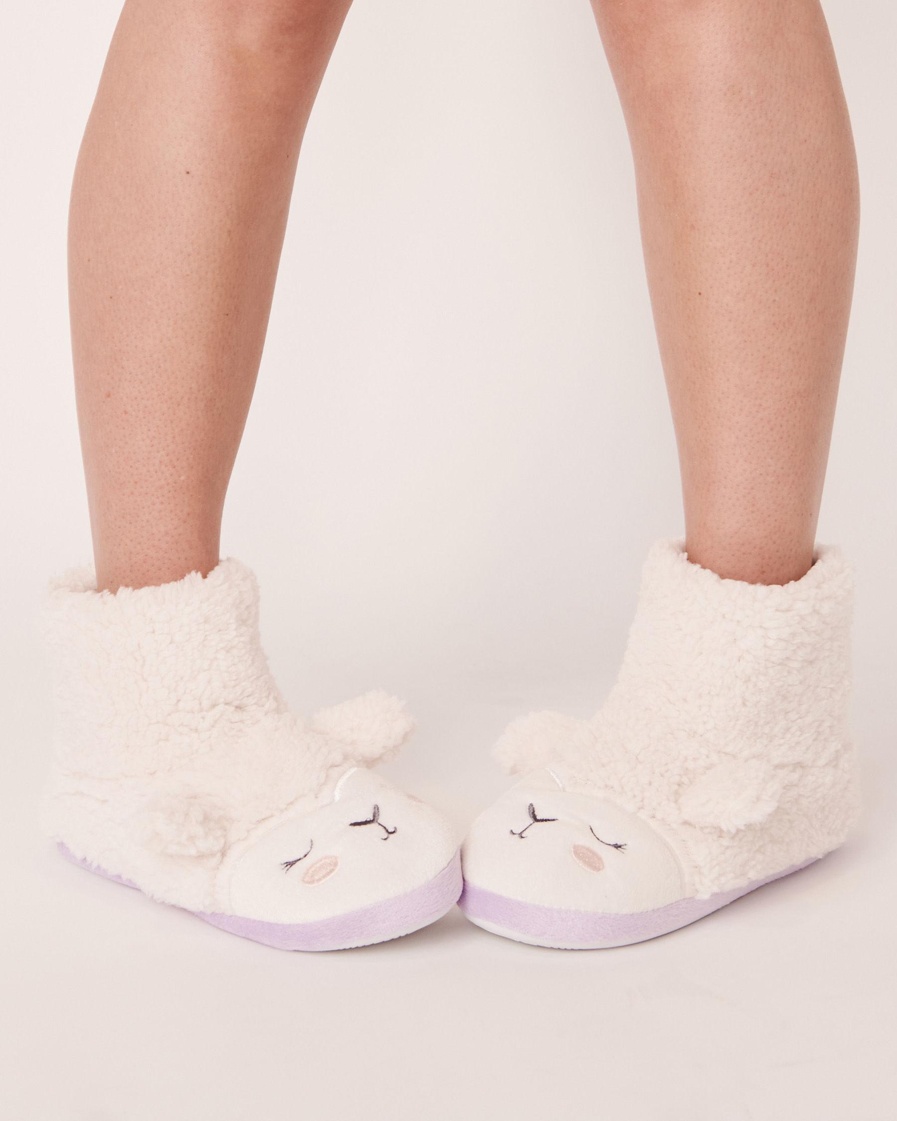 LA VIE EN ROSE Pantoufles bottillons mouton Blanc 40700068 - Voir1