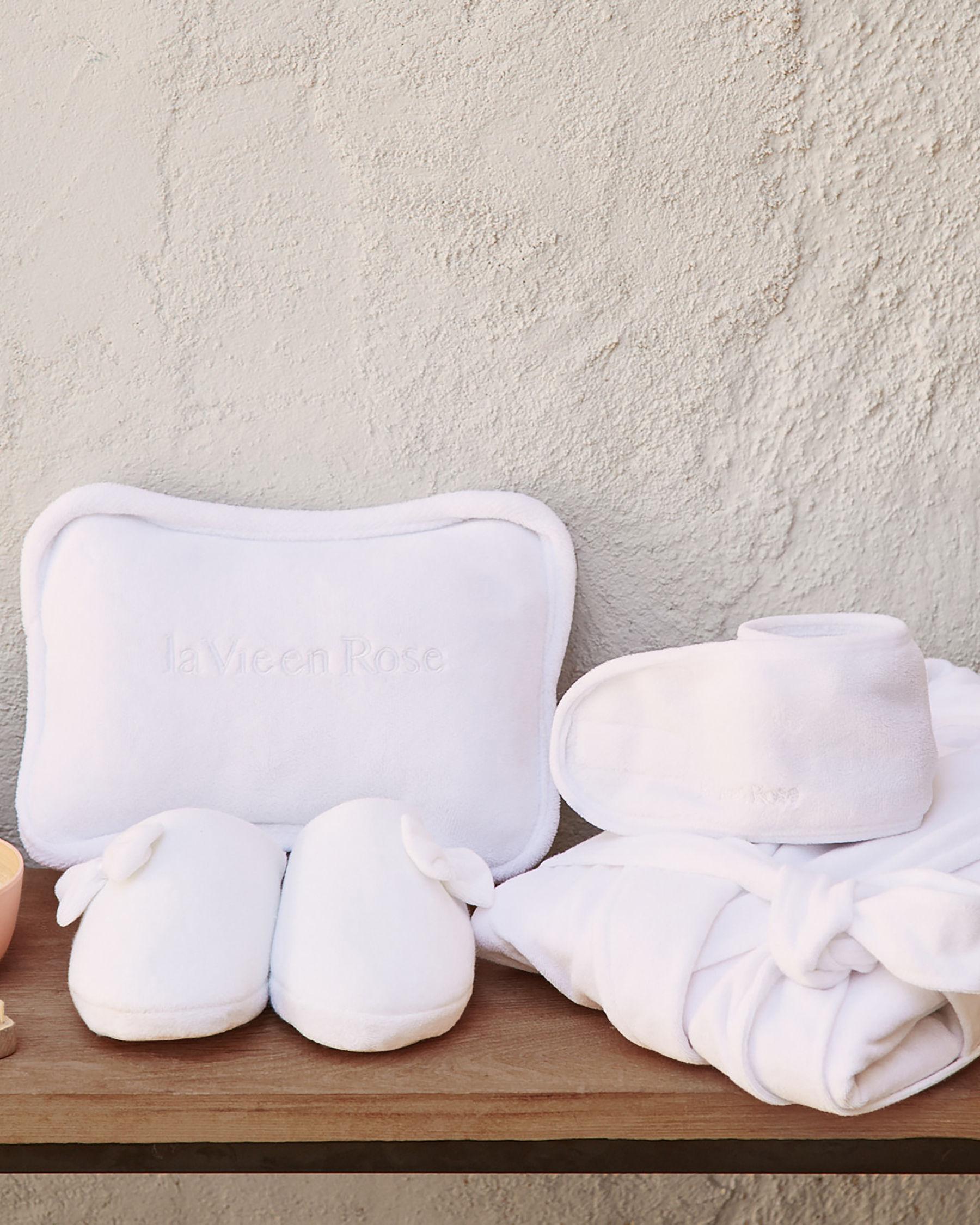 LA VIE EN ROSE Spa Bath Pillow White 992-527-0-06 - View1