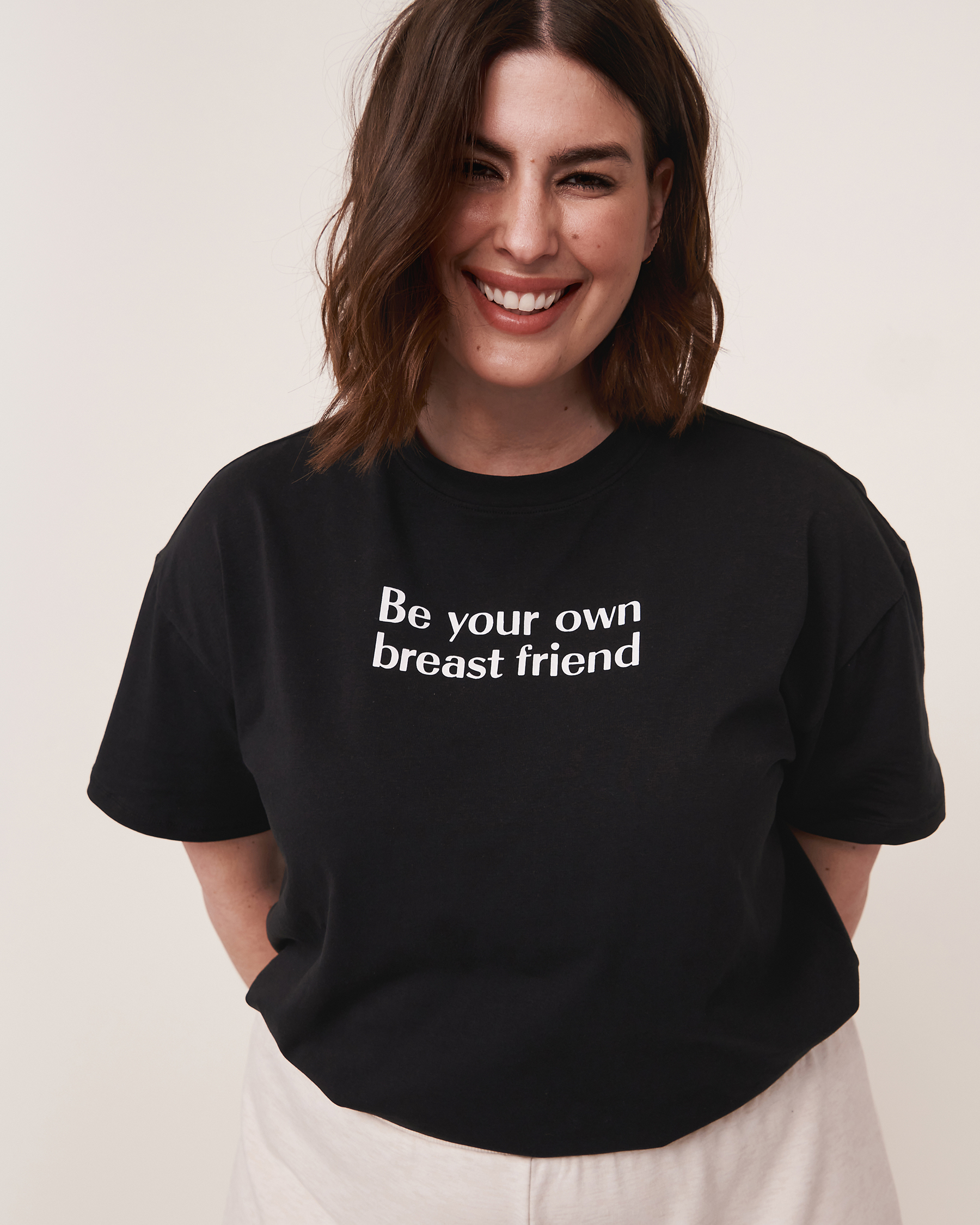 LA VIE EN ROSE Be Your Own Breast Friend T-shirt Black 90400002 - View2