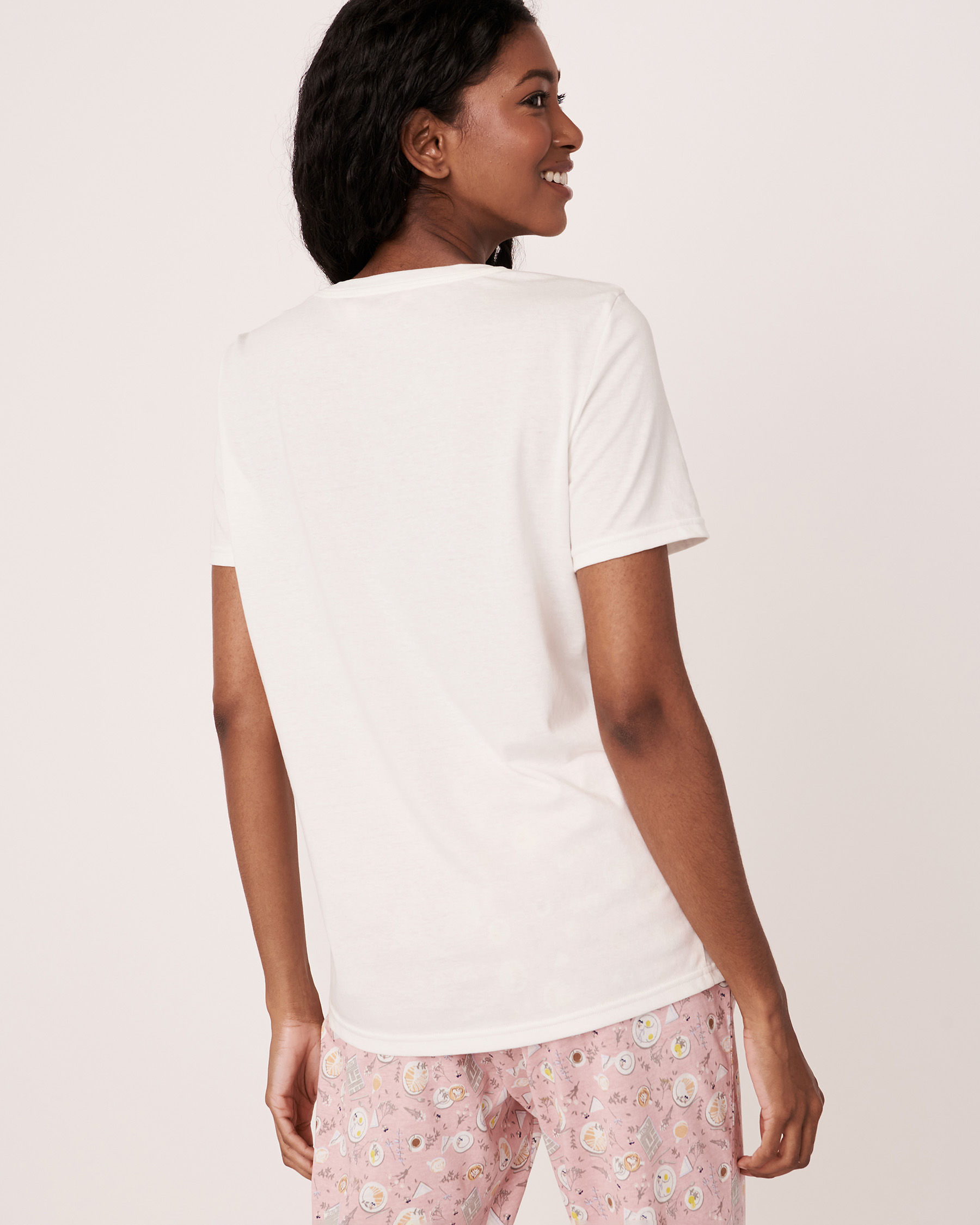 LA VIE EN ROSE Scoop Neckline T-shirt White 40100104 - View3