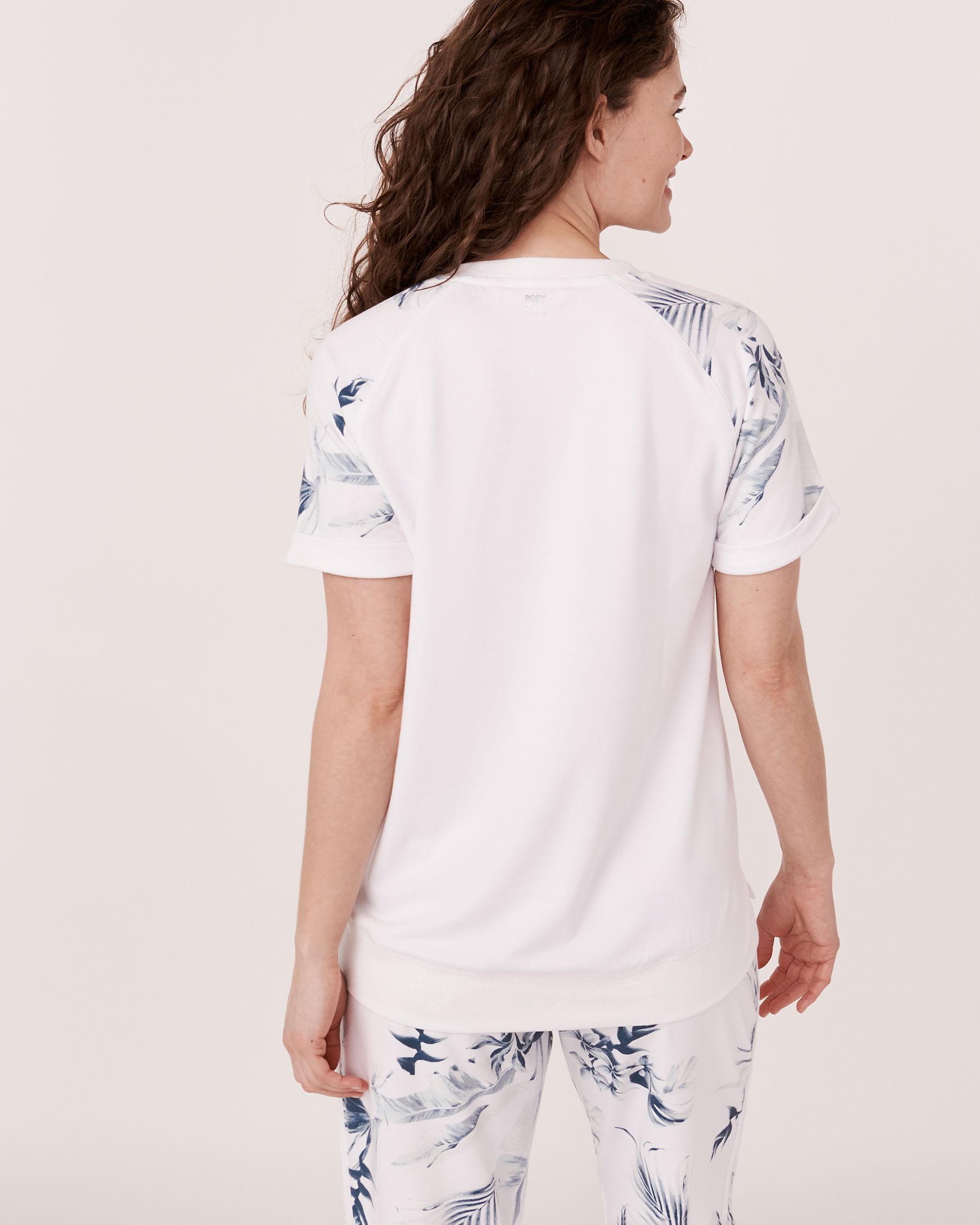 LA VIE EN ROSE Raglan Sleeve Crew Neck T-shirt Tropical print 50100005 - View2