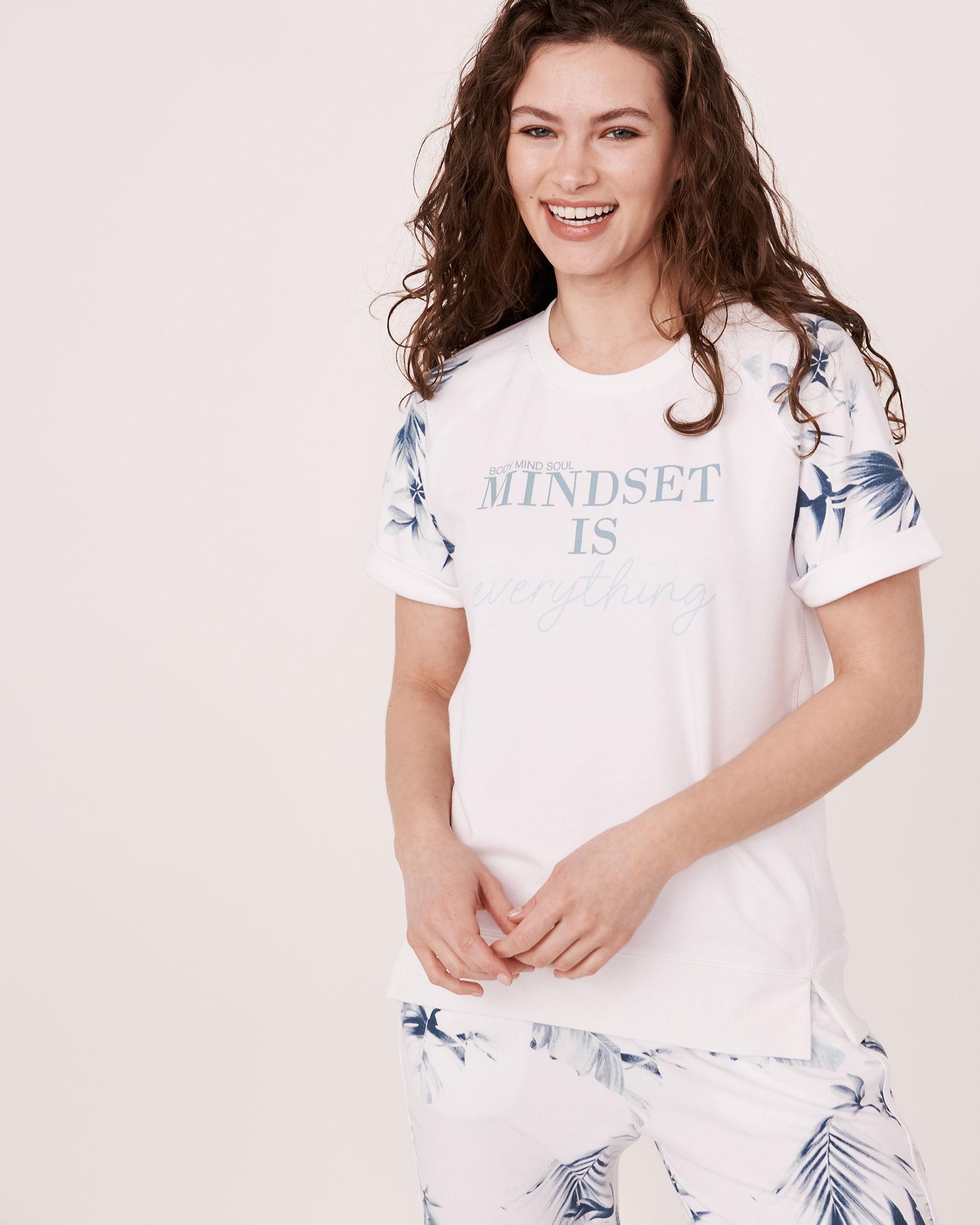 LA VIE EN ROSE Raglan Sleeve Crew Neck T-shirt Tropical print 50100005 - View3