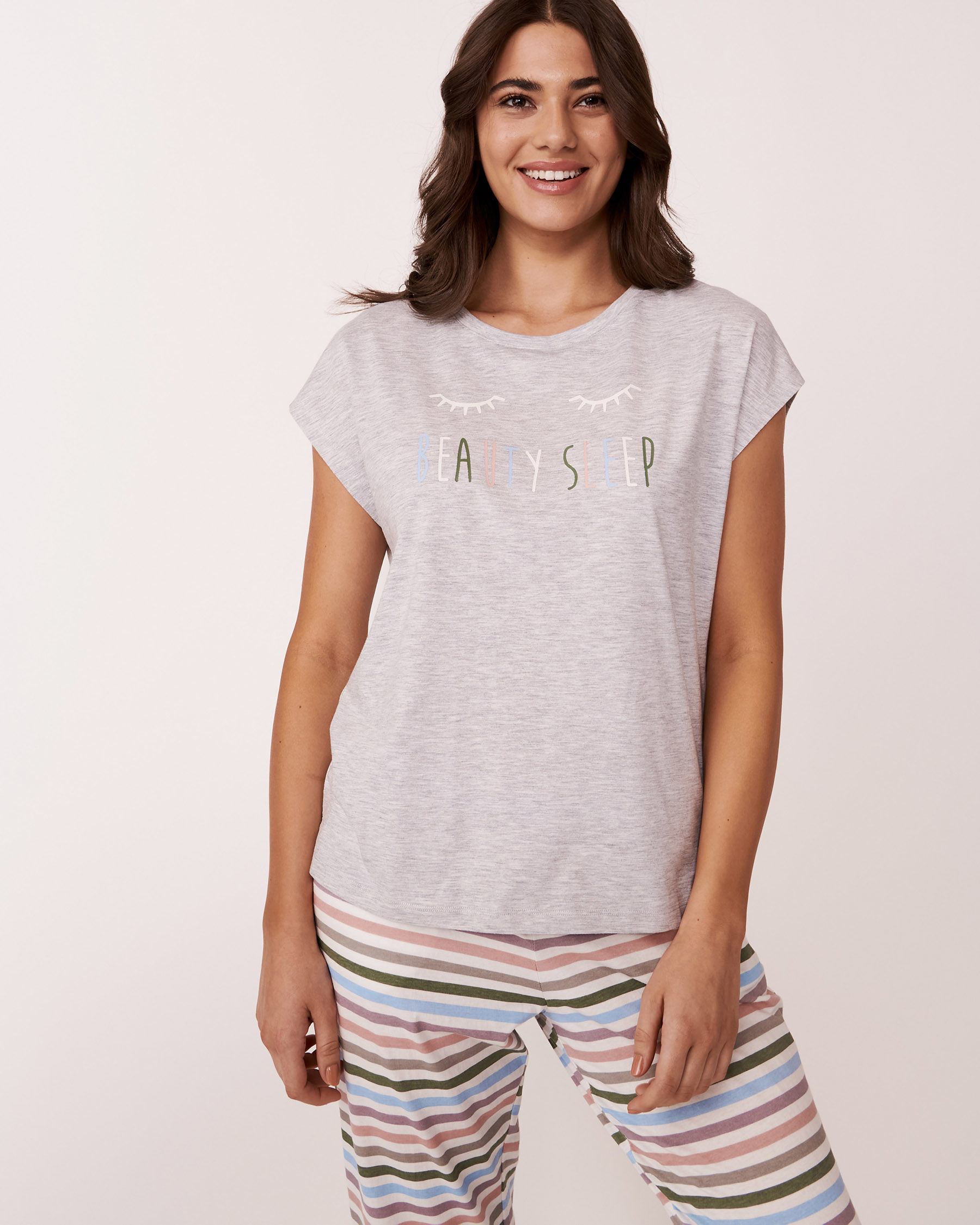 LA VIE EN ROSE Crew Neck T-shirt Grey 880-386-0-11 - View1