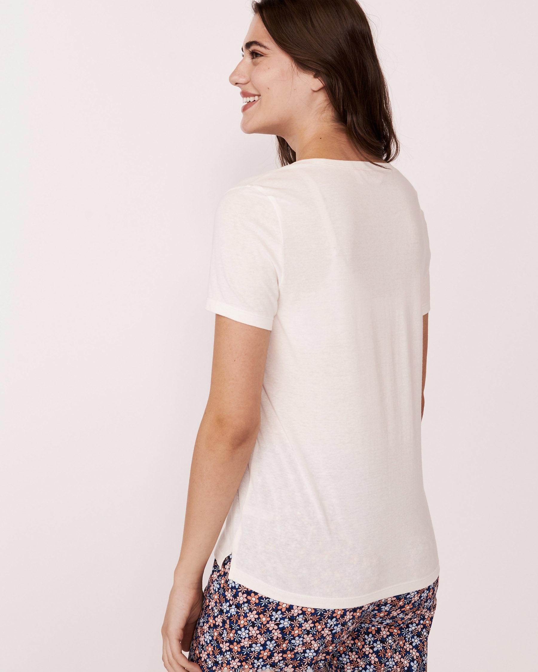 LA VIE EN ROSE V-neckline T-shirt White 878-386-0-11 - View2