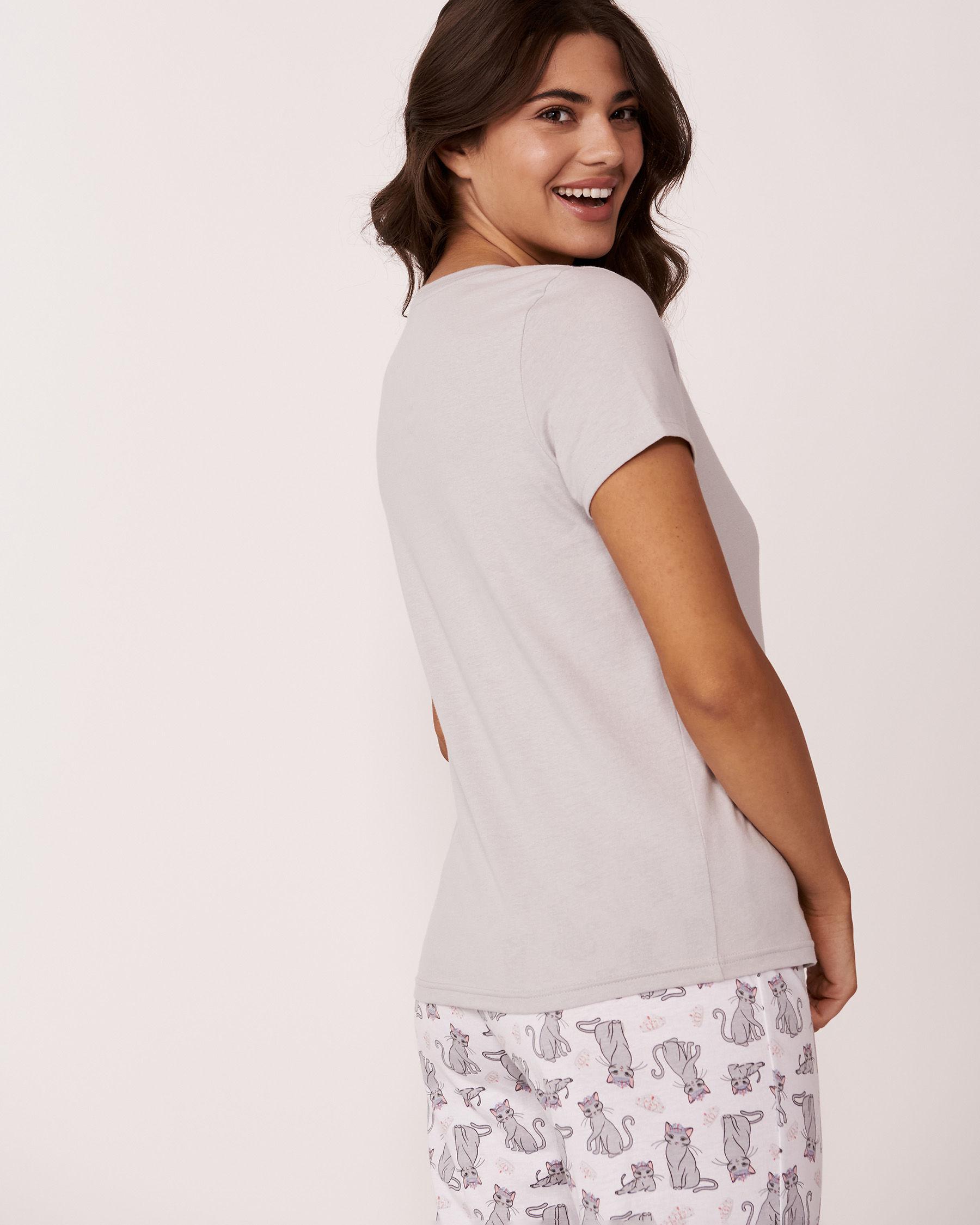 LA VIE EN ROSE V-neckline T-shirt Grey print 40100021 - View2