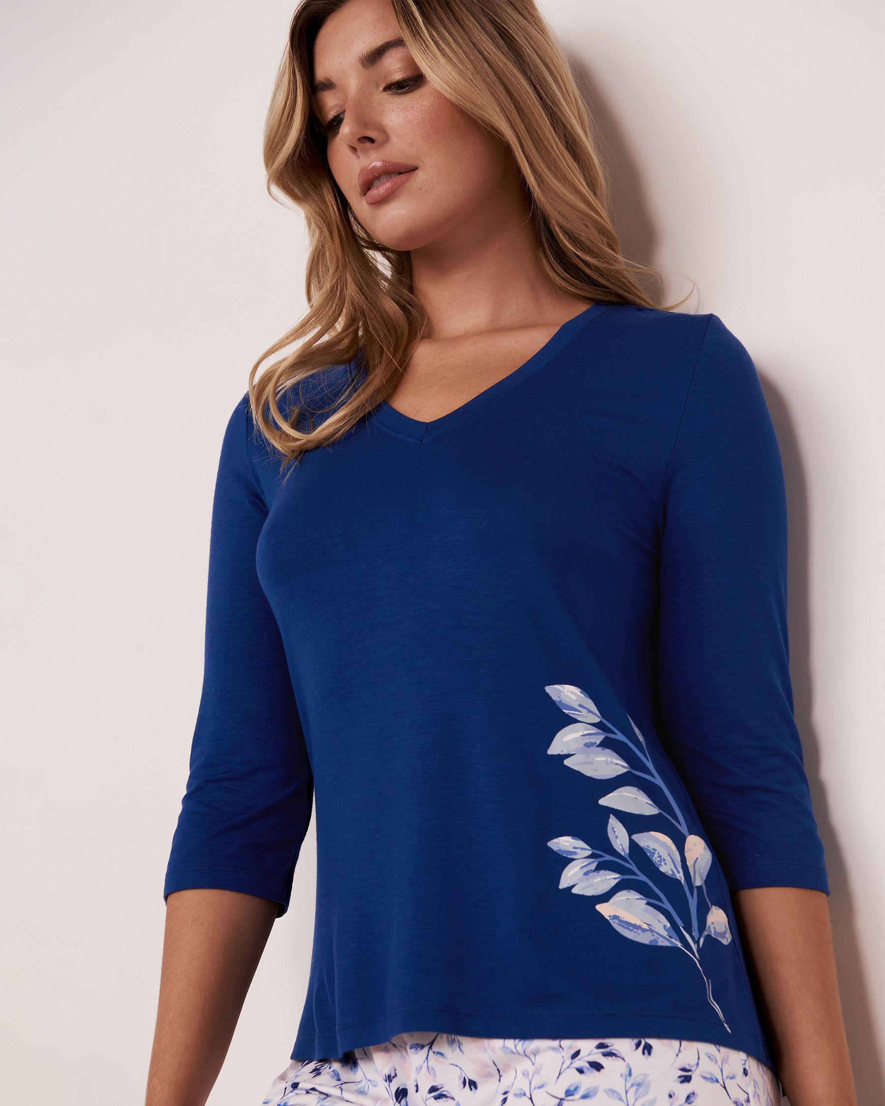 LA VIE EN ROSE V-neck 3/4 Sleeve Shirt Blue 40100072 - View3