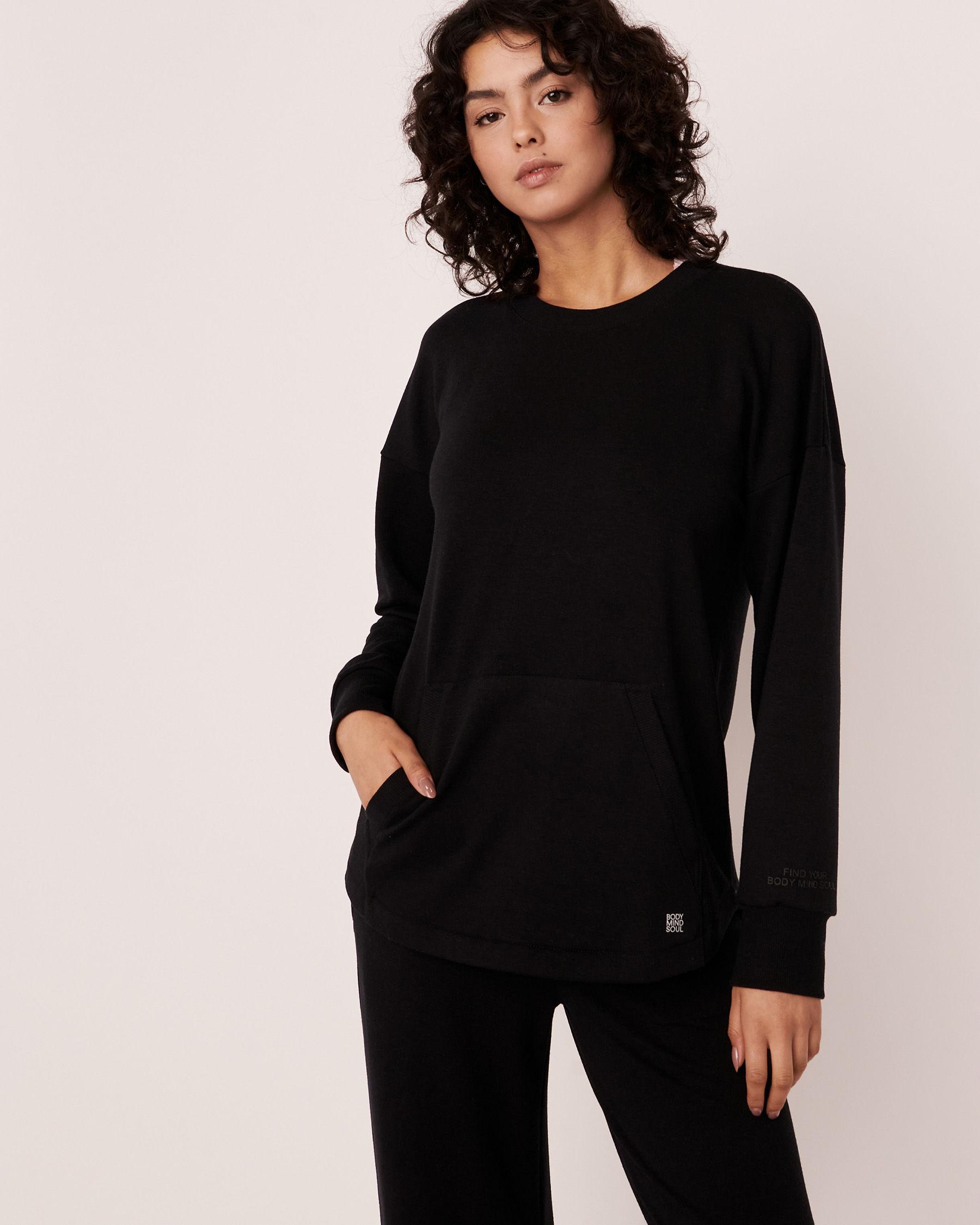 LA VIE EN ROSE Drop Shoulder Shirt Black 50100018 - View1