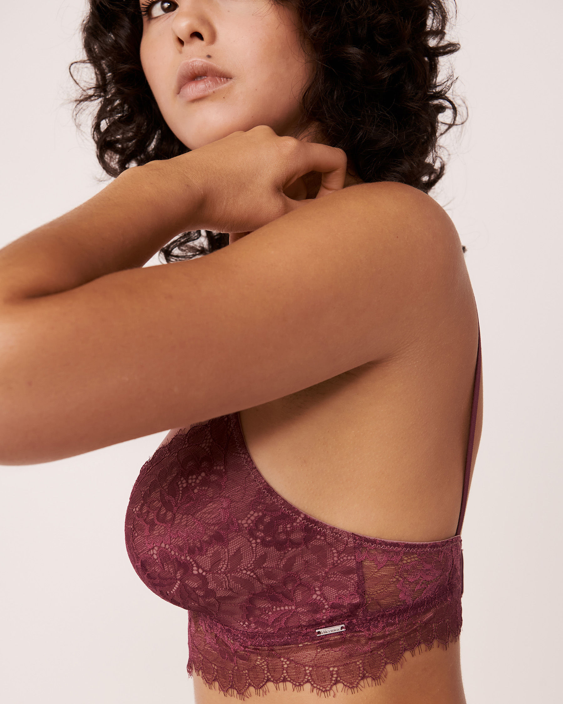 LA VIE EN ROSE Lace and Mesh Bralette Prune 10100030 - View3